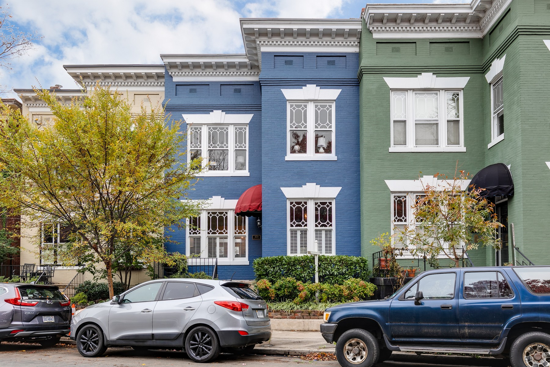 Single Family Homes for Active at Fan District 1609 Park Avenue Richmond, Virginia 23220 United States