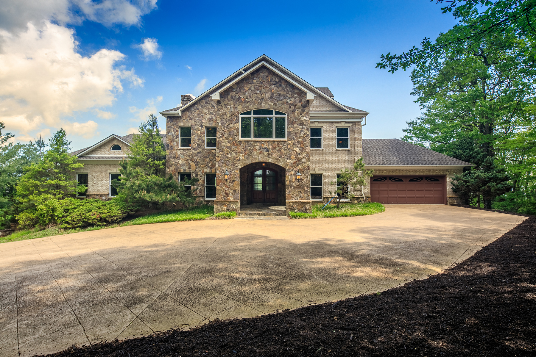 Single Family Homes for Active at OLDE BEAU - GLADE VALLEY 588 Troon Dr Glade Valley, North Carolina 28668 United States