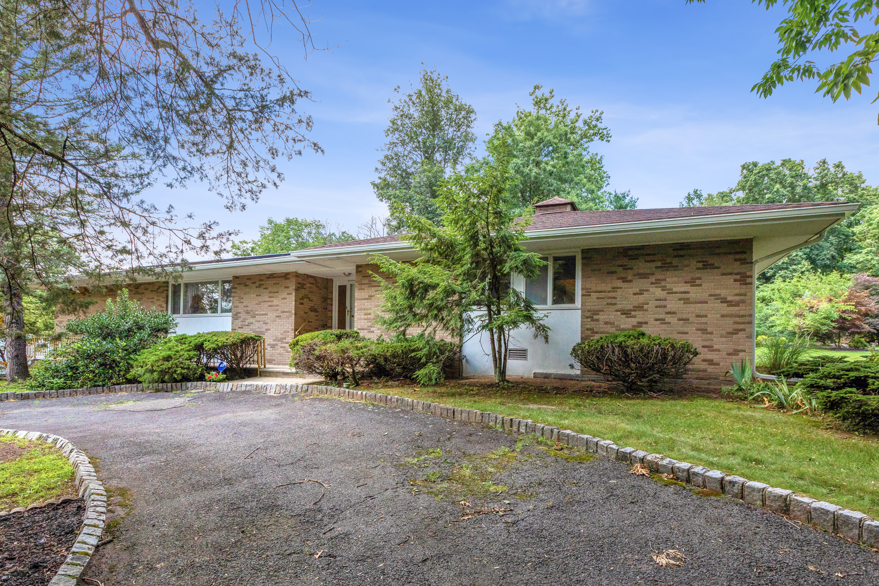 Single Family Homes for Active at Location! Location! 38 Hilldale Rd Montville Township, New Jersey 07058 United States