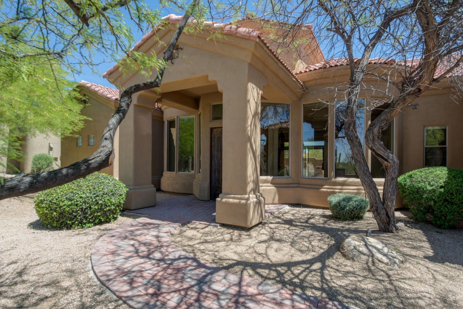 Single Family Home for Sale at Lowest priced Custom Built home in Candlewood Troon North 10954 E Southwind Ln Scottsdale, Arizona, 85262 United States