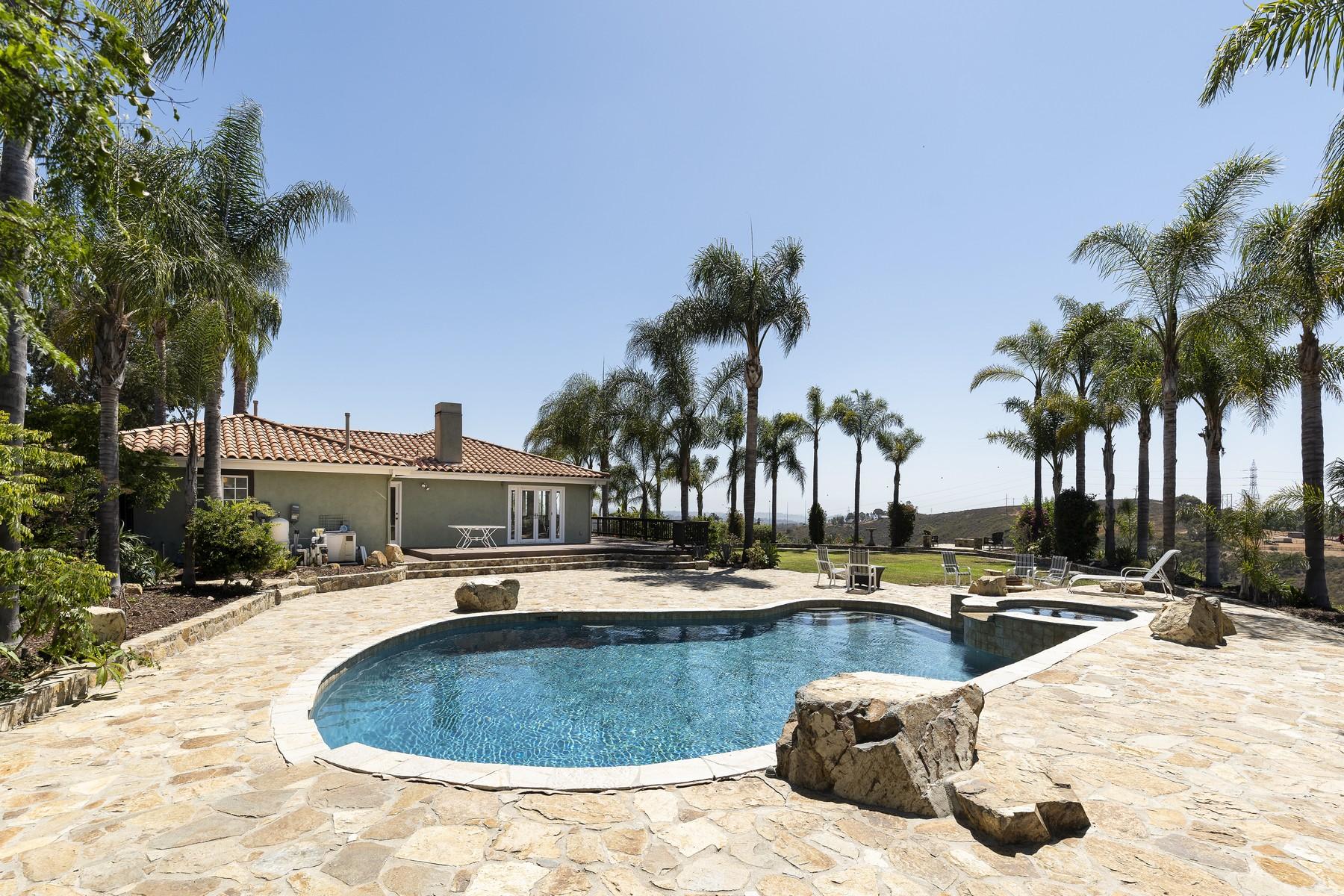 Single Family Homes 为 销售 在 6949 Elfin Oaks Road 埃斯孔迪多, 加利福尼亚州 92029 美国