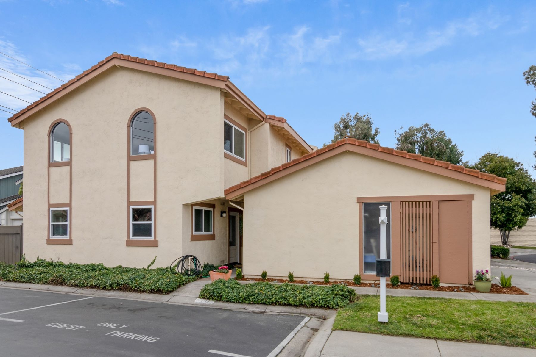 townhouses for Active at Wonderful Townhome in Downtown Campbell 598 Cypress Lane Campbell, California 95008 United States