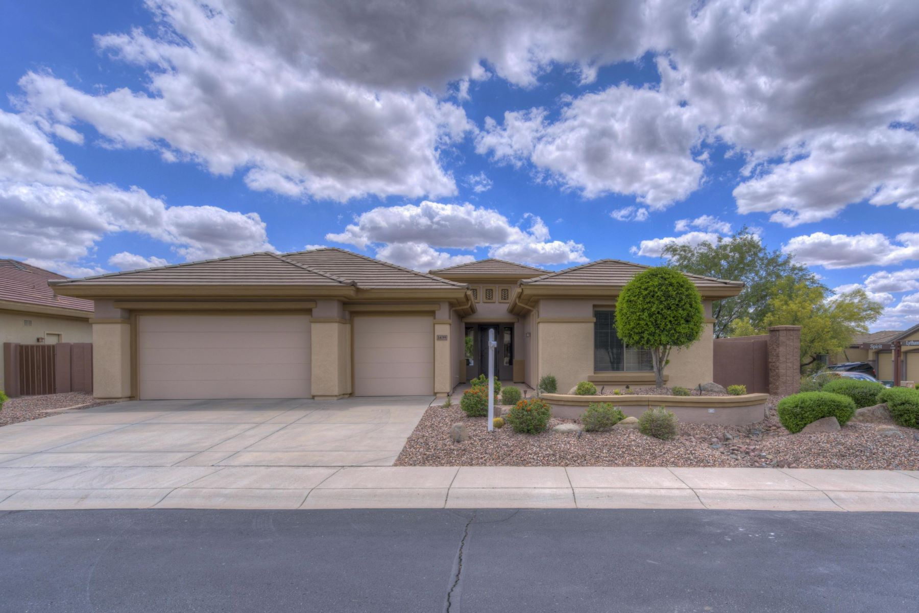 single family homes for Active at Anthem Country Club 1439 W SPIRIT DR Anthem, Arizona 85086 United States