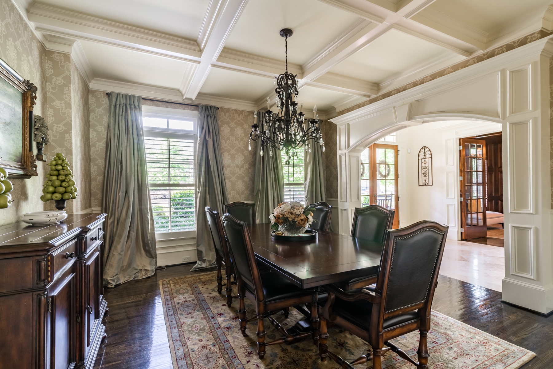 Additional photo for property listing at Luxury Home In Gated Golf Community 4374 Oglethorpe Loop NW Acworth, Georgië 30101 Verenigde Staten