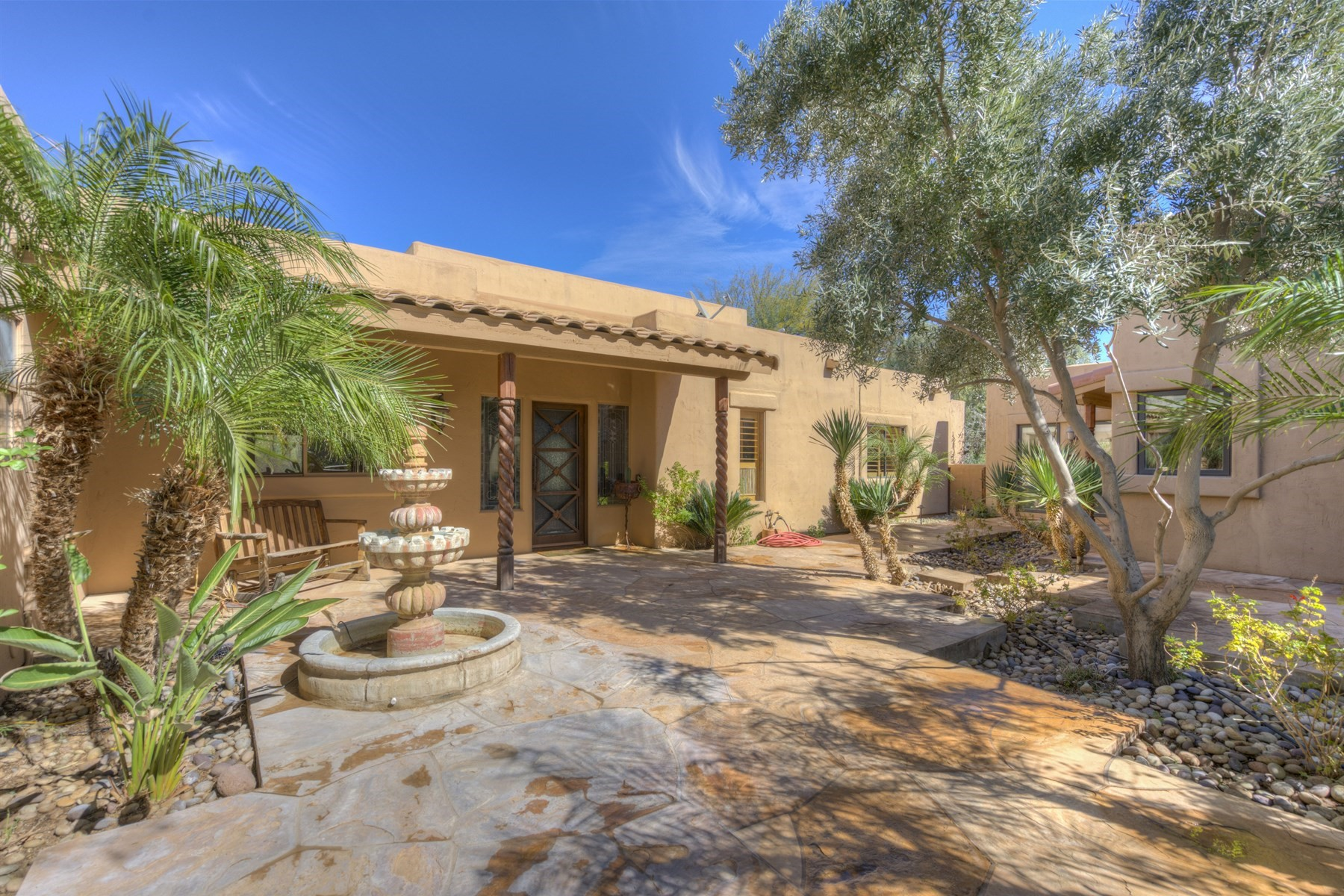 Vivienda unifamiliar por un Venta en Custom Sonoran Ranch Home 5101 E CLOUD RD Cave Creek, Arizona, 85331 Estados Unidos