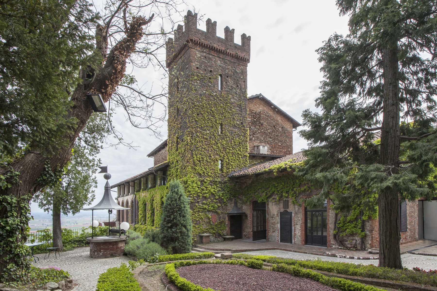 Single Family Home for Sale at Refined castle on the hills of the Piedmont countryside Via Rapida ai Castelli Other Turin, Turin 10045 Italy