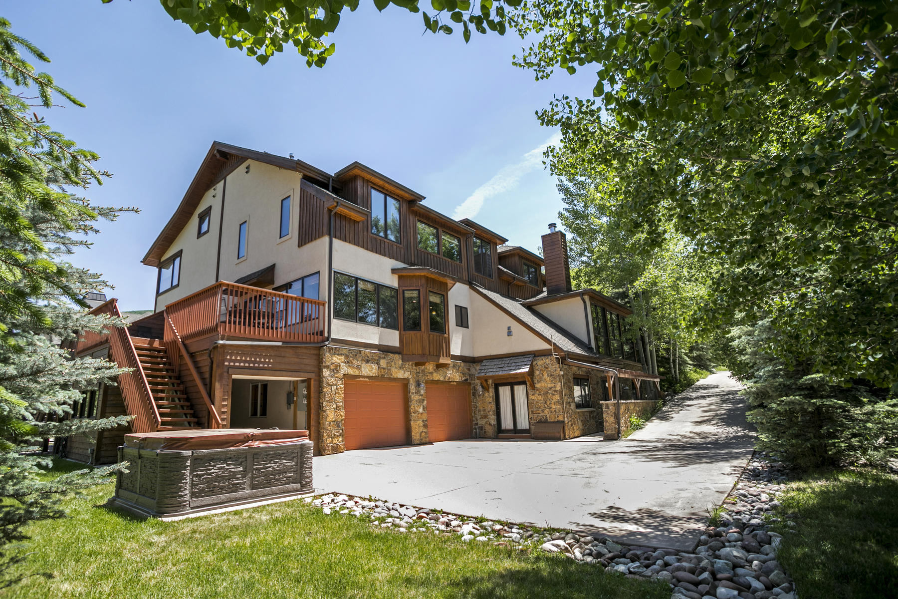 Duplex for Active at Hillside West Vail Home 2095 Vermont Rd. #West Vail, Colorado 81657 United States
