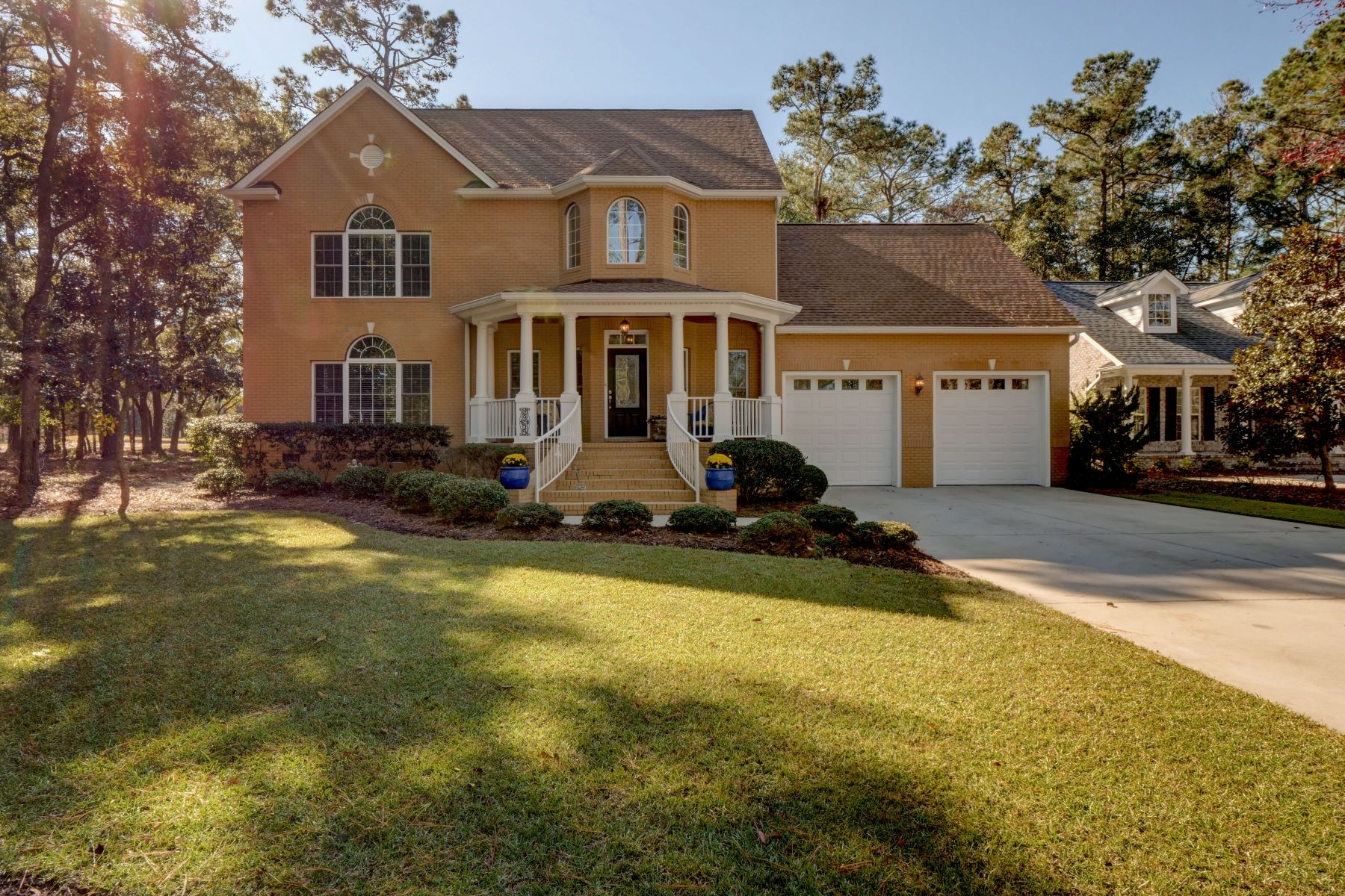 Single Family Homes for Active at Custom Built Home with Gorgeous Golf and Pond Views 2945 E Lakeview Drive SW Supply, North Carolina 28462 United States