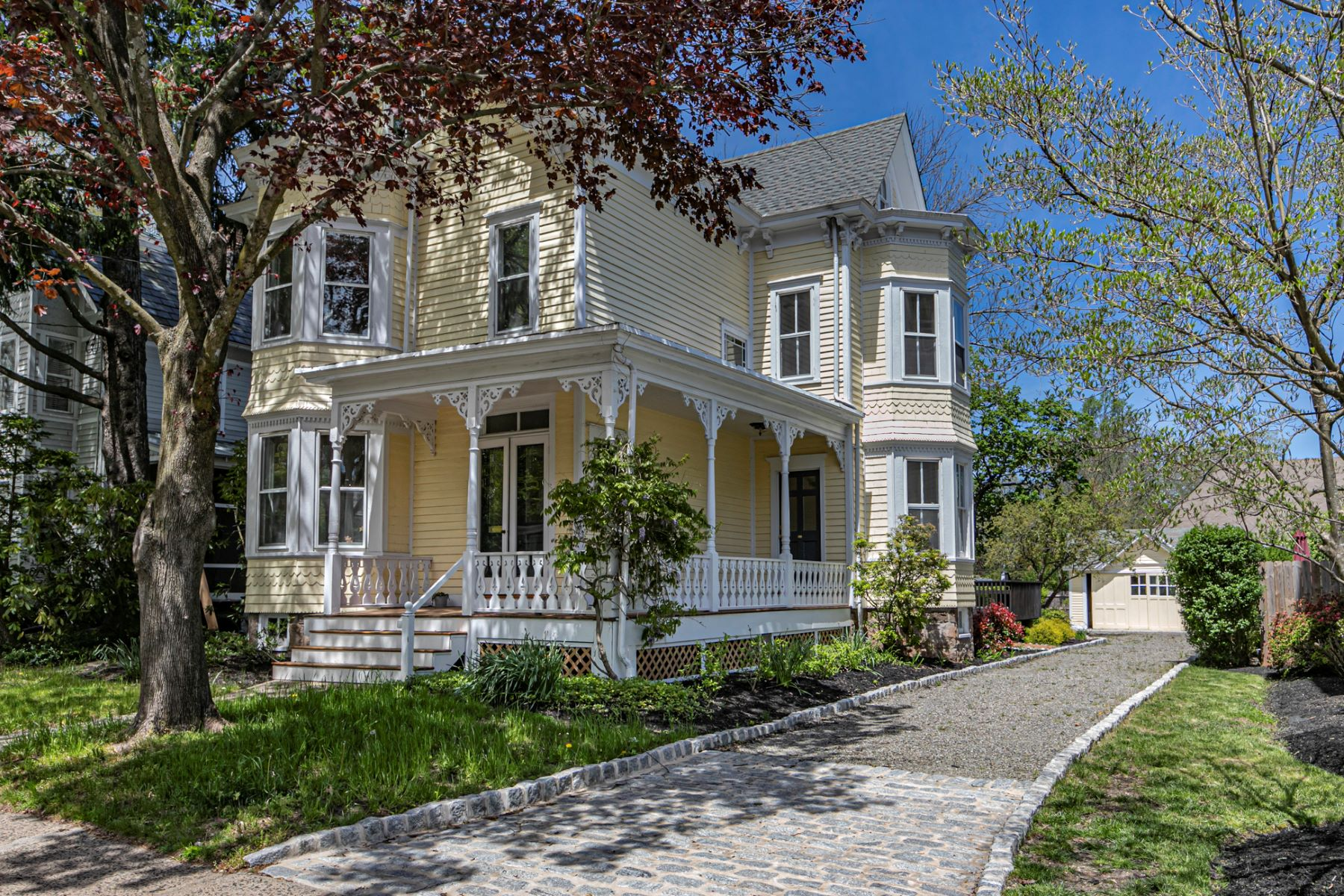 Property للـ Sale في Historic Charm Restored With Every Modern Amenity 25 East Delaware Avenue, Pennington, New Jersey 08534 United States