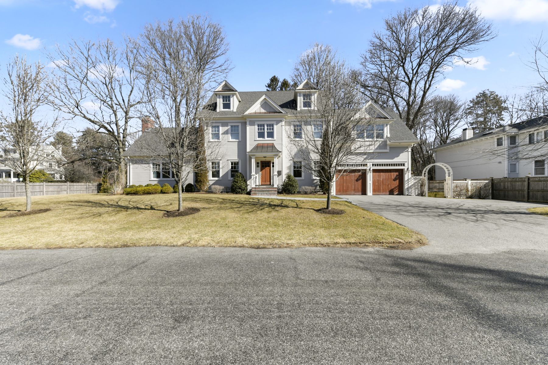 Single Family Homes por un Venta en 2 Heckle Street 2 Heckle St Wellesley, Massachusetts 02481 Estados Unidos
