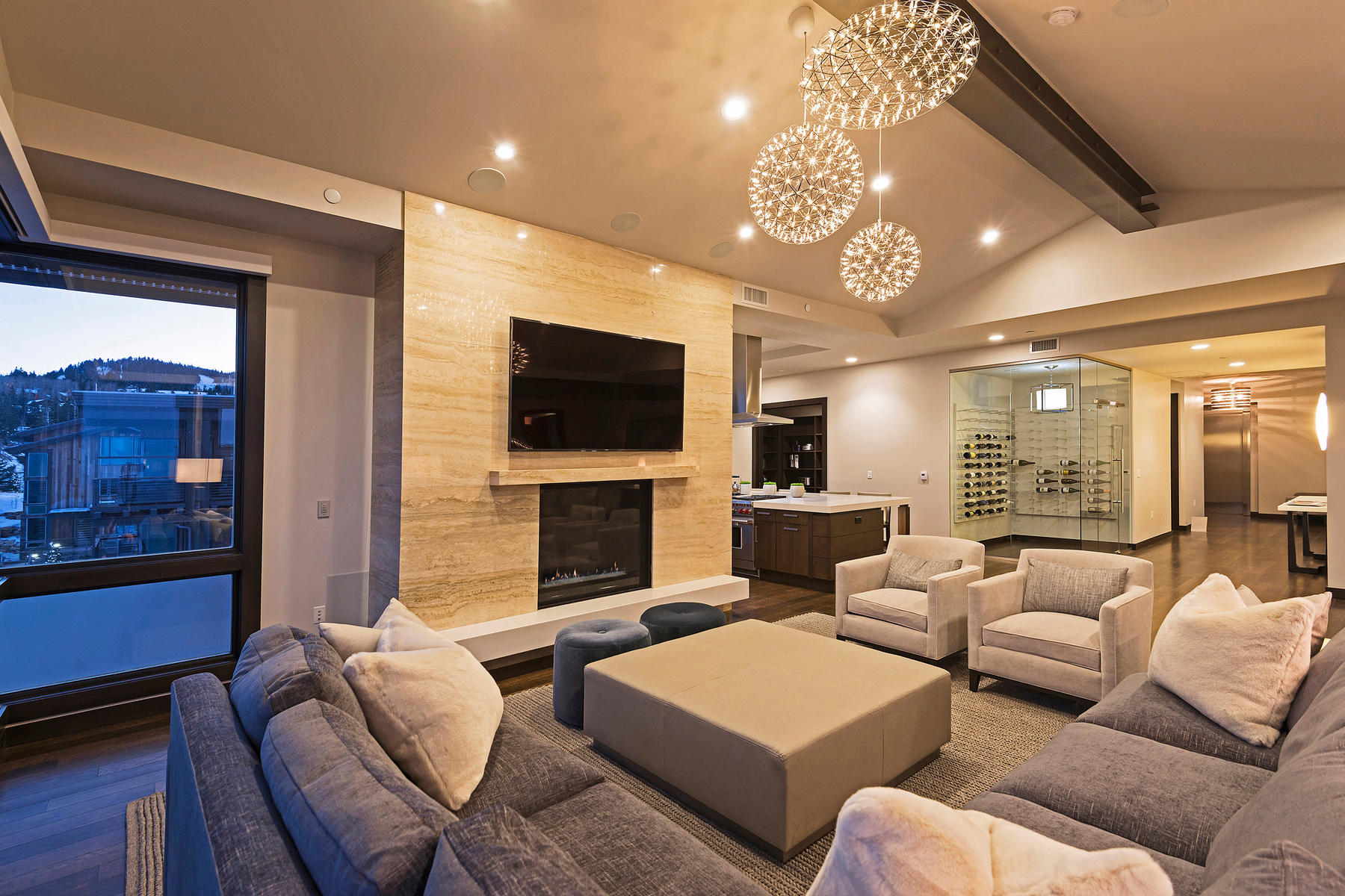 Additional photo for property listing at Brand New Turn-Key Ski-in/Ski-out Penthouse at Deer Valley 7101 Stein Cir #621 帕克城, 犹他州 84060 美国