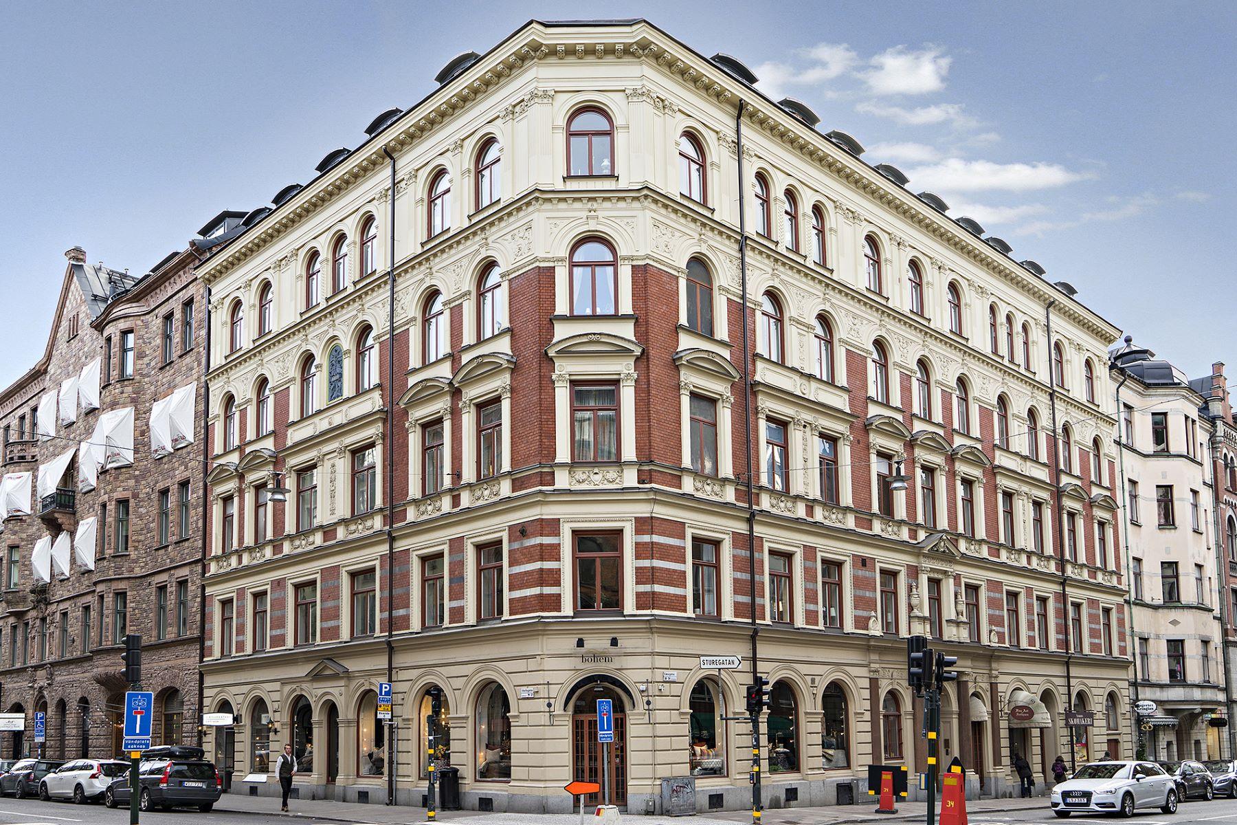 Căn hộ vì Bán tại Beautiful turn-of-the-century property Linnégatan 28-30, Stockholm, Stockholm, 114 47 Thụy Điển