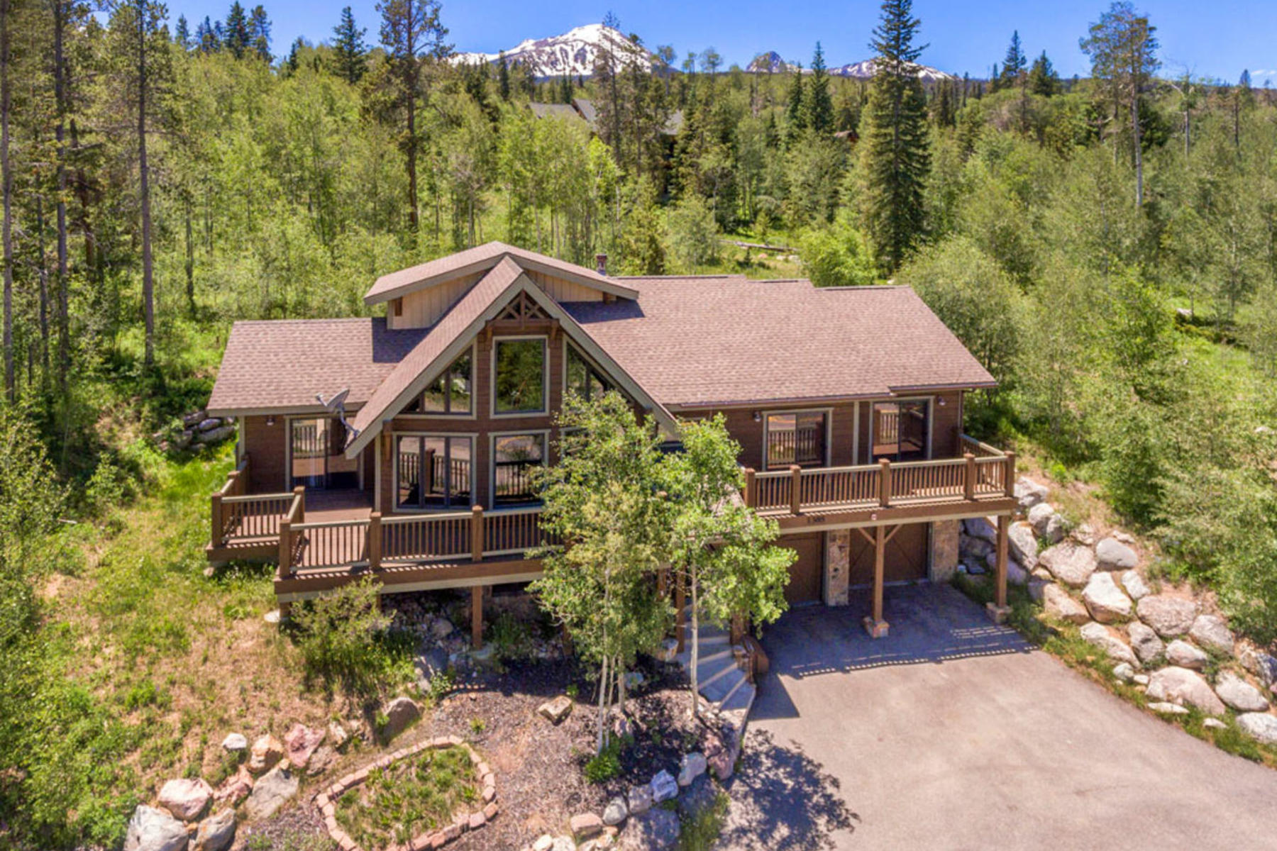 Single Family Homes for Sale at Stunning Home in Three Peaks 1385 Golden Eagle Road Silverthorne, Colorado 80498 United States