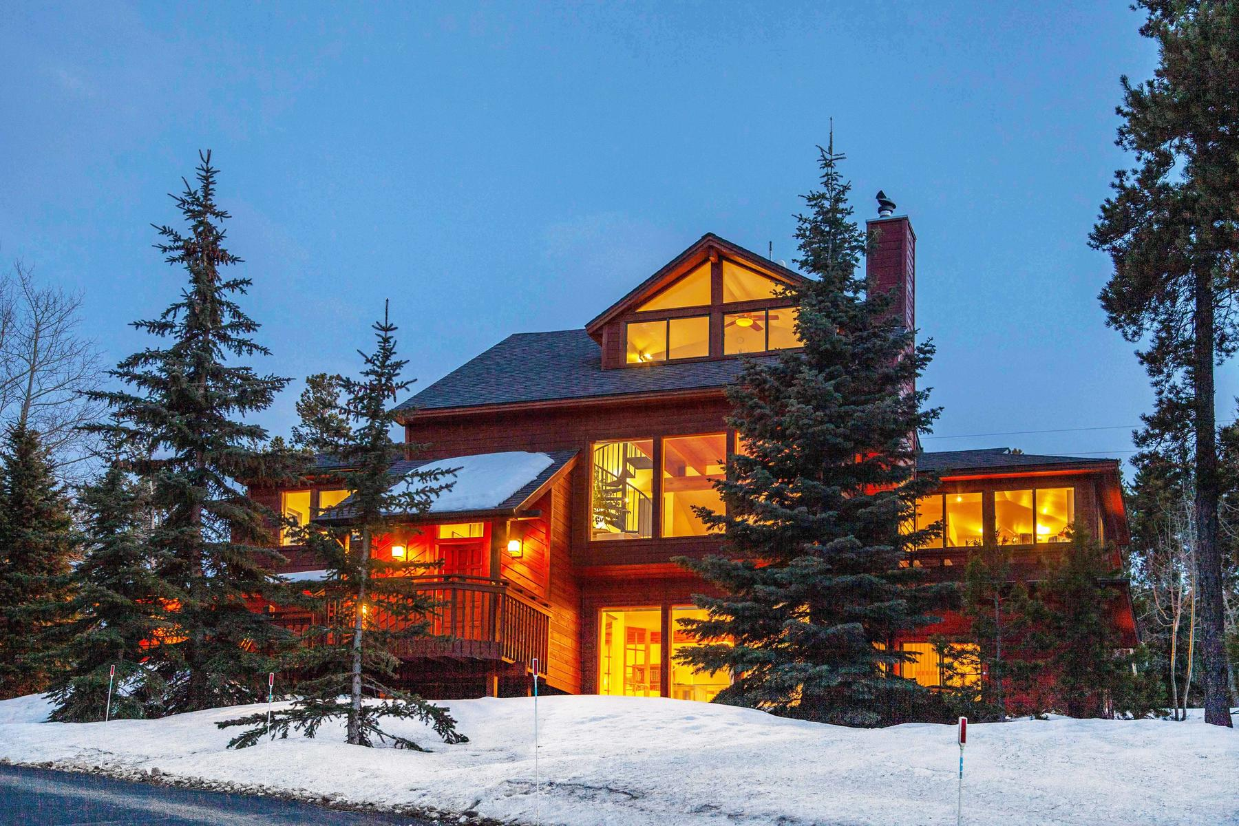 Single Family Homes for Sale at Thoughtfully designed: This is Tranquil Colorado Mountain Living at its Finest! 1055 Indian Peak Road Golden, Colorado 80403 United States