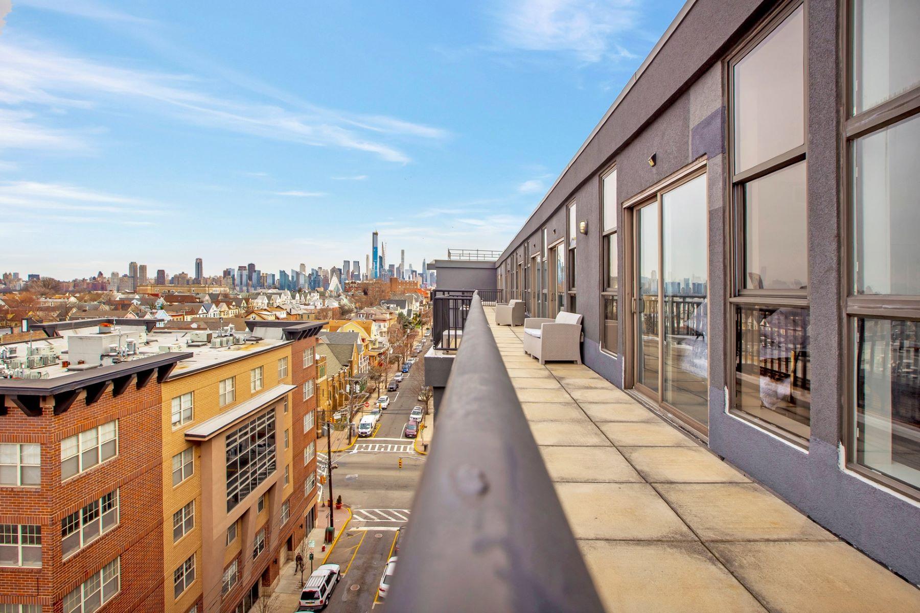 Condominiums por un Venta en 4315 Park Ave 8C Union City, Nueva Jersey 07087 Estados Unidos