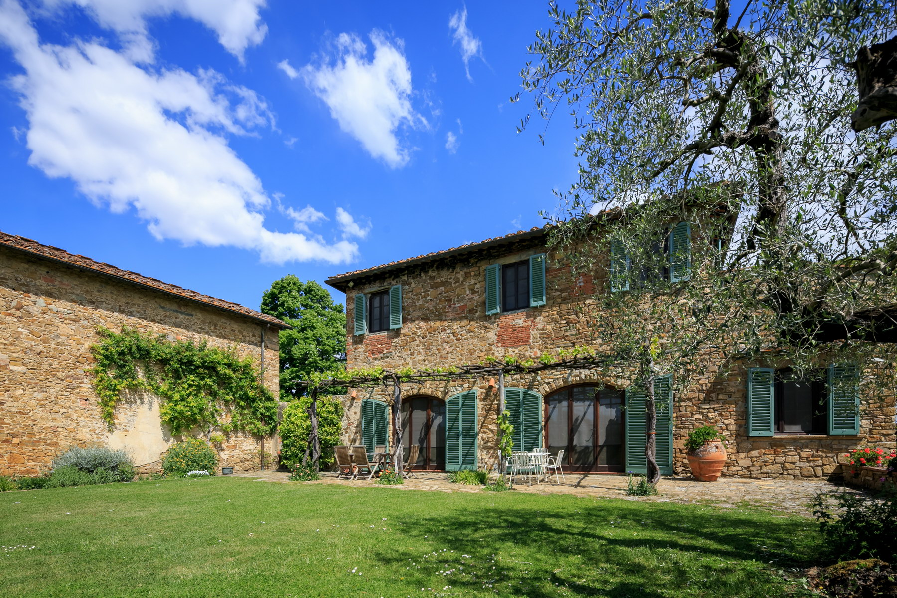 Single Family Home for Sale at Beautiful countryhouse on the Florentine hills Impruneta, Florence Italy