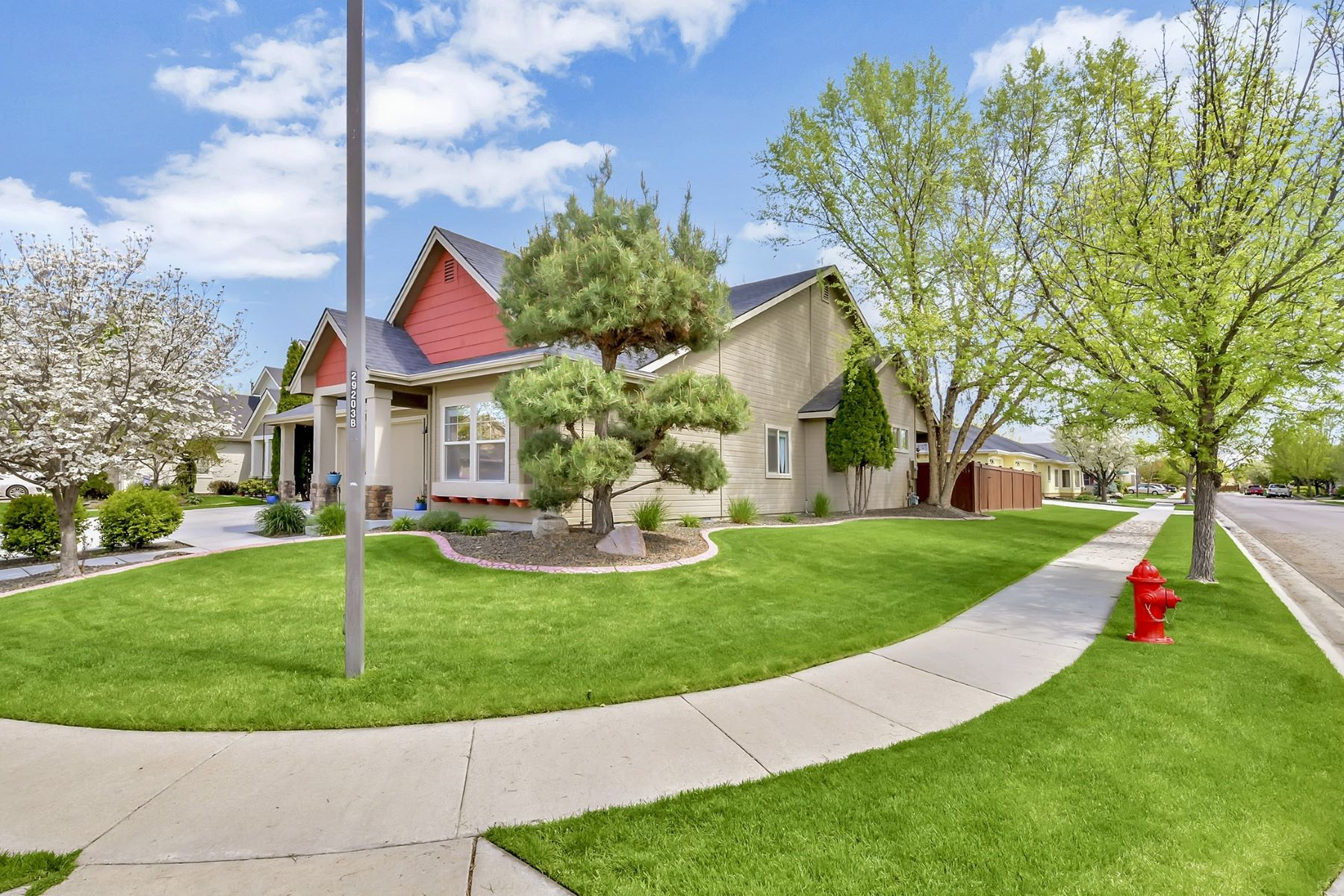 Single Family Homes for Sale at 3662 Legacy Woods Ave Meridian, Idaho 83646 United States