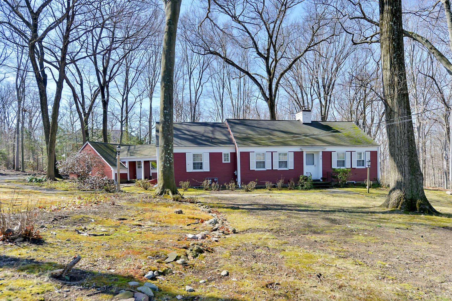 Terreno per Vendita alle ore Home Designed For Lot 36 Old Woods Rd Saddle River, New Jersey, 07458 Stati Uniti