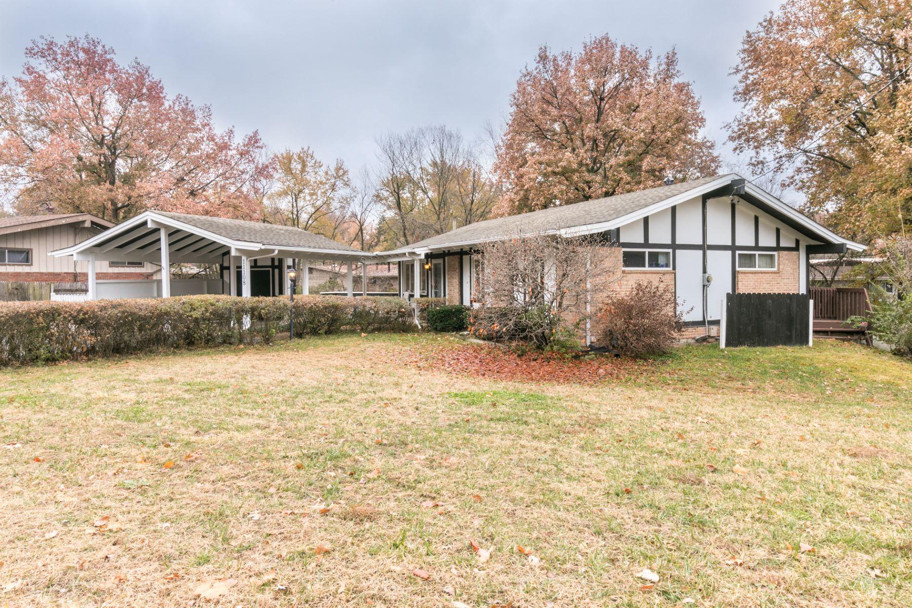 Property for Sale at Schuetz 11108 Schuetz St. Louis, Missouri 63146 United States