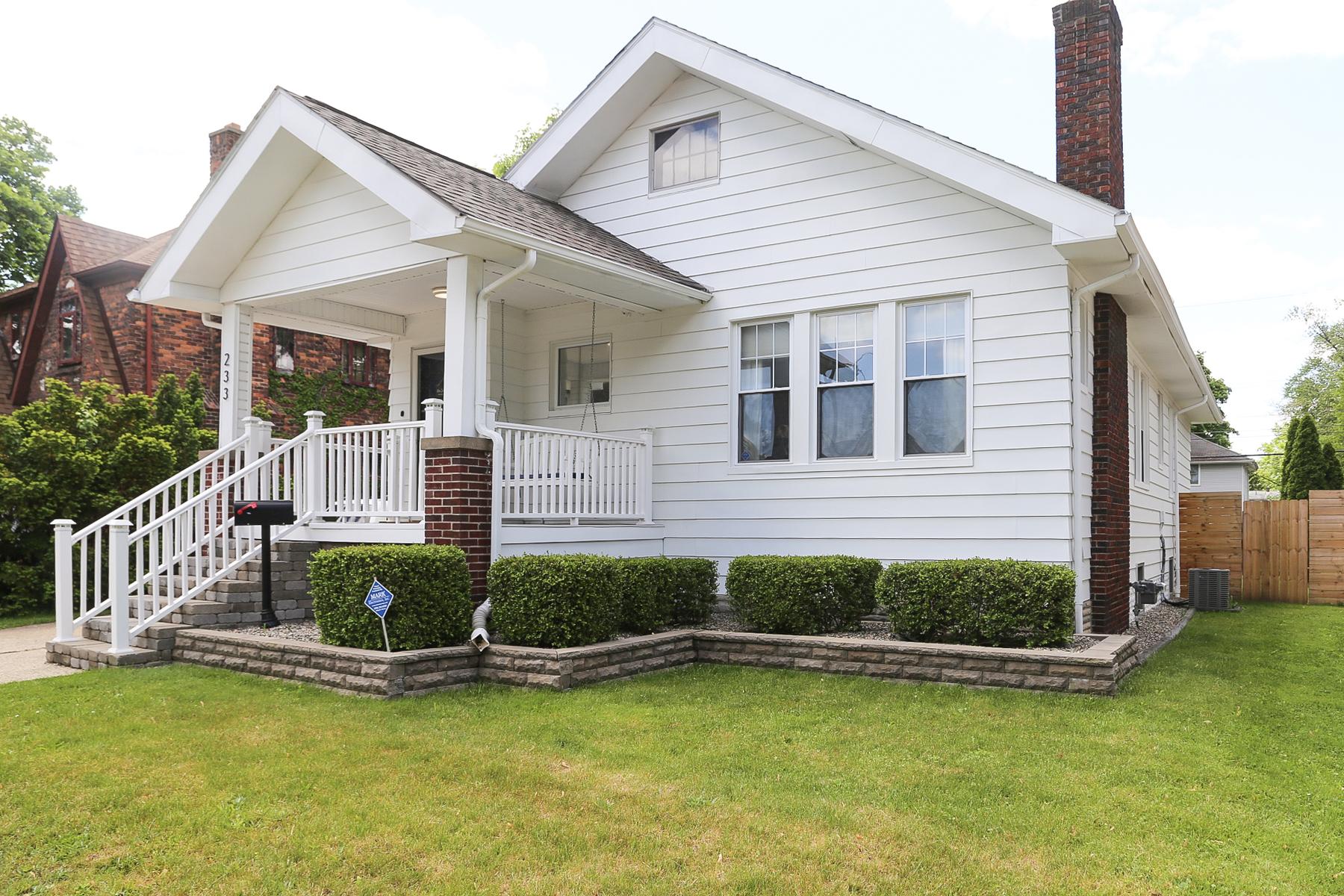 Single Family Homes 为 销售 在 Ferndale 233 Albany 芬代尔, 密歇根州 48220 美国