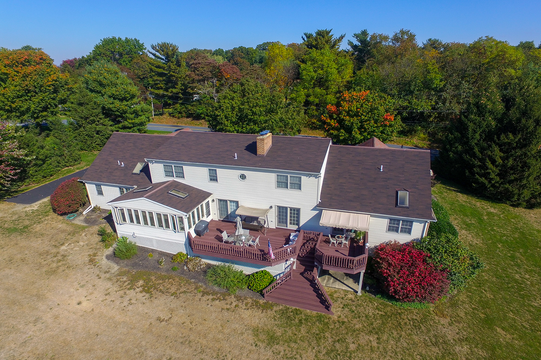 Additional photo for property listing at 398 West Woods Drive  Lititz, Pennsylvania 17543 United States
