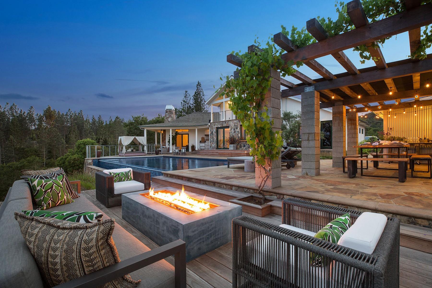 단독 가정 주택 용 매매 에 Idyllic Dry Creek Valley Estate 6021 W Dry Creek Road, Healdsburg, 캘리포니아 95448 미국