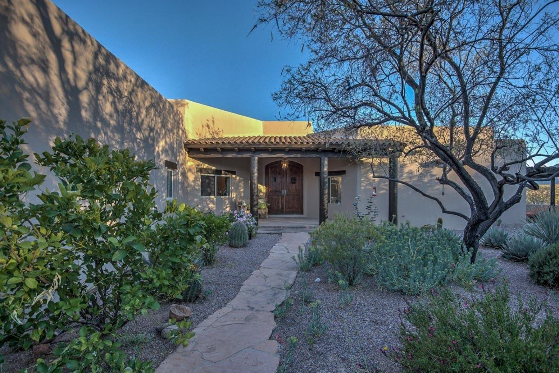 Single Family Home for Sale at 6+ acre property in private Cerro Pelon subdivision 10 Western Saddle Ct Tubac, Arizona, 85646 United States