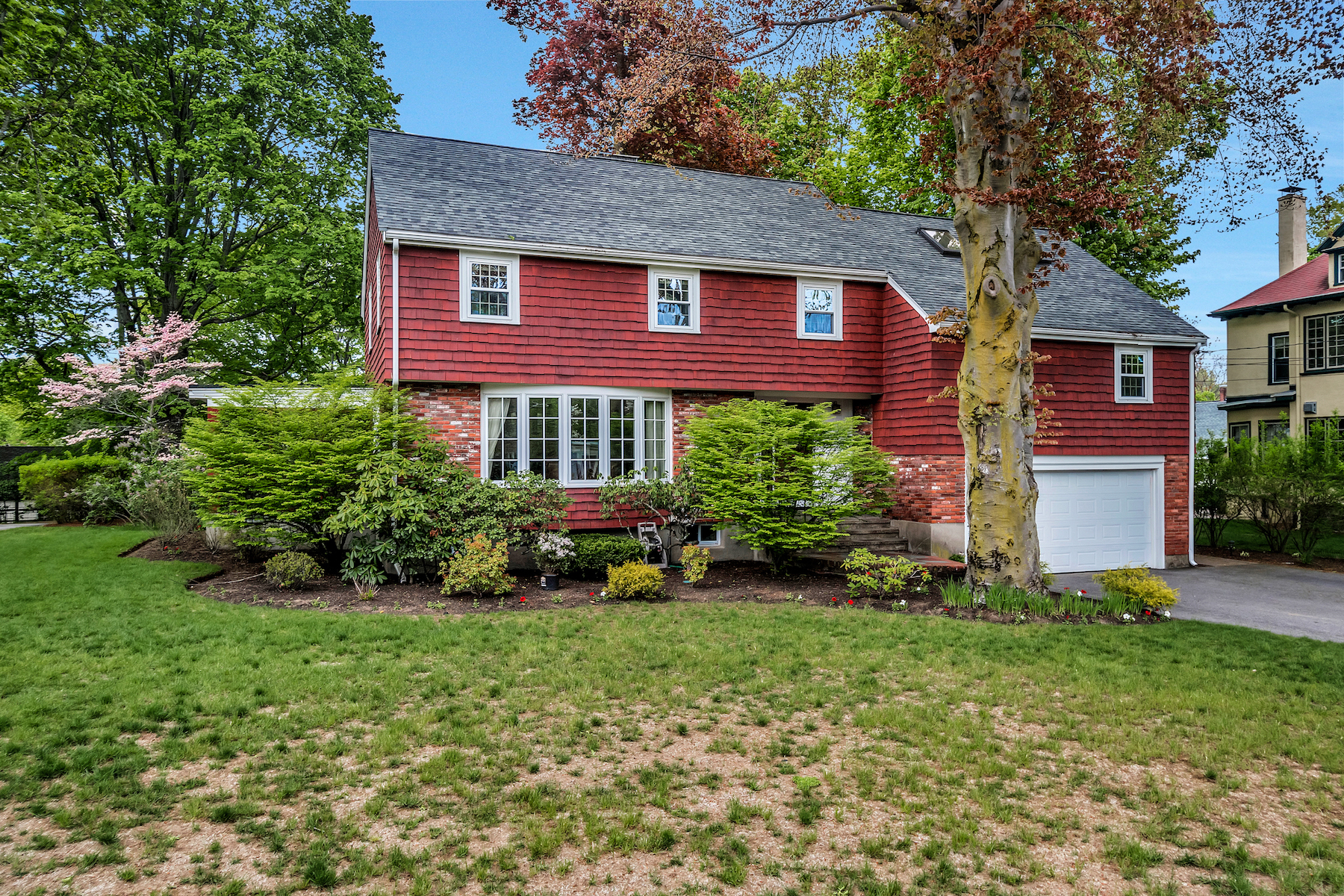 Single Family Home for Sale at Beautiful Colonial in sought after Flats location 51 Wildwood Street Winchester, Massachusetts 01890 United States