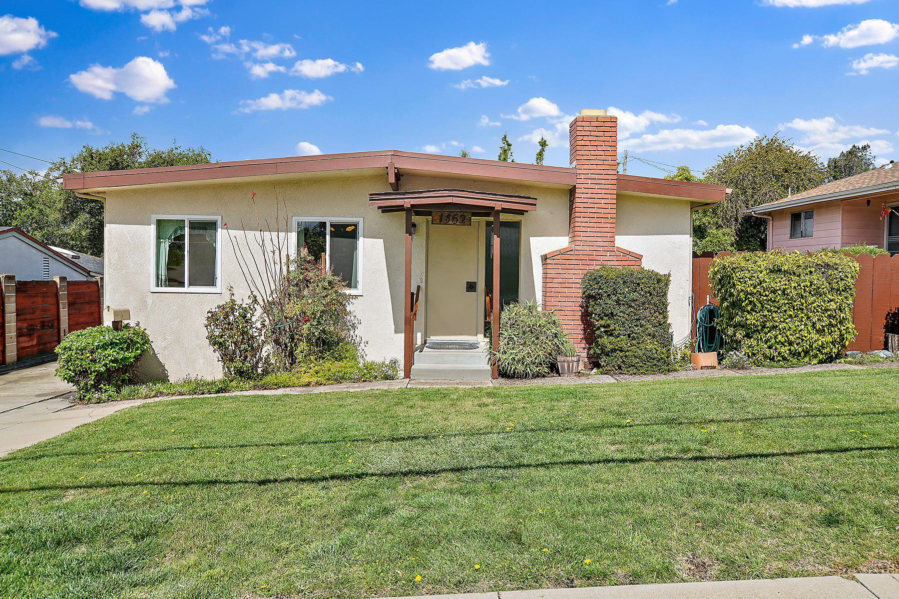 Single Family Homes for Sale at Sinsheimer Area Home with Potential 1462 Laurel Lane San Luis Obispo, California 93401 United States