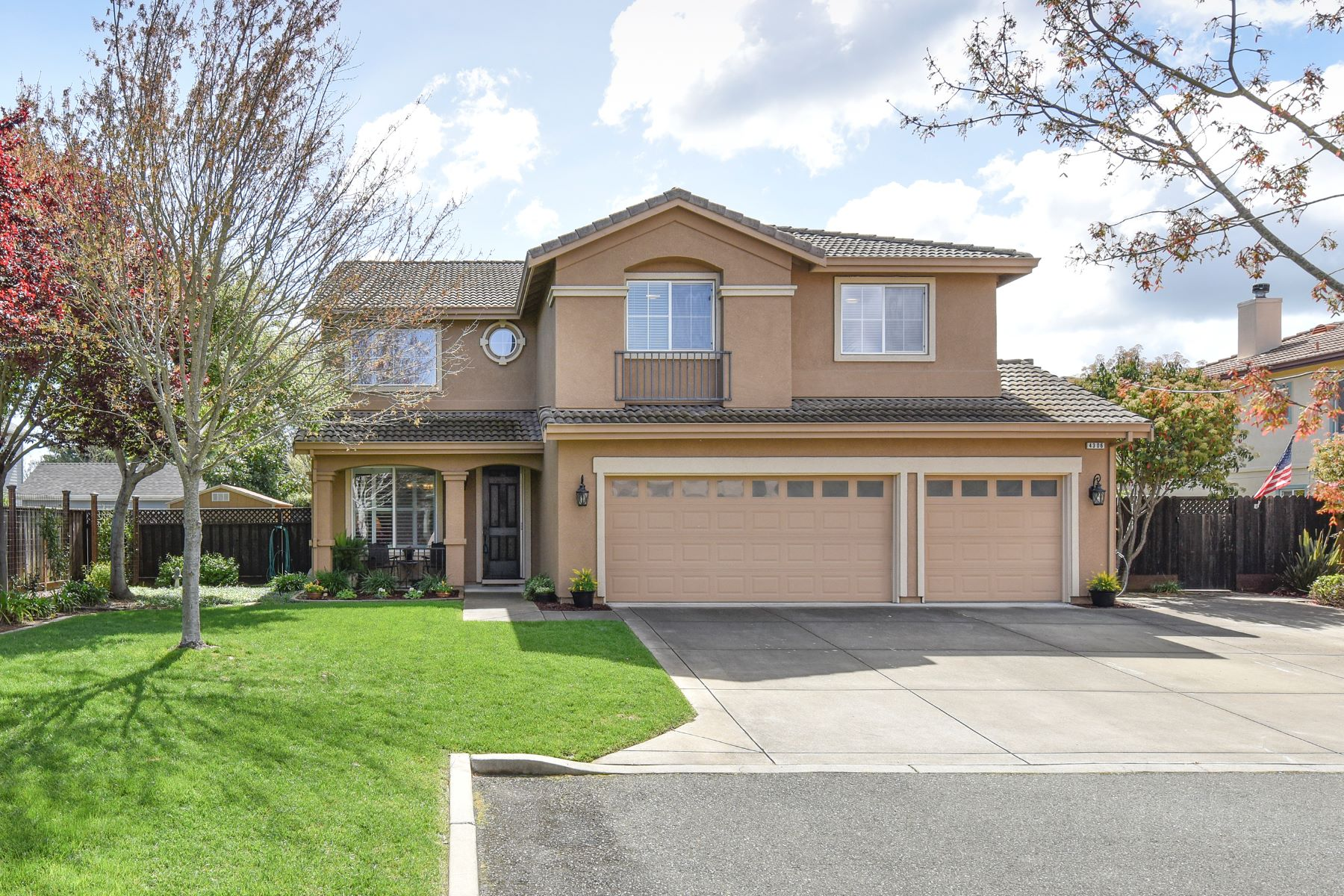 Single Family Home for Sale at Bright and Spacious Home Featuring Cathedral Ceilings 4306 Kingsford Drive Napa, California 94558 United States