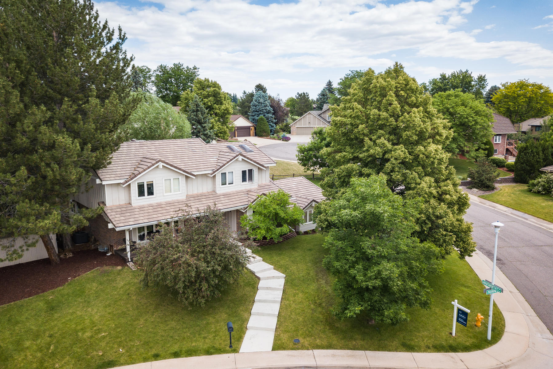 Single Family Homes for Sale at A rare treasure in Columbine Knolls Estates 7830 S Yarrow St, Littleton, Colorado 80128 United States