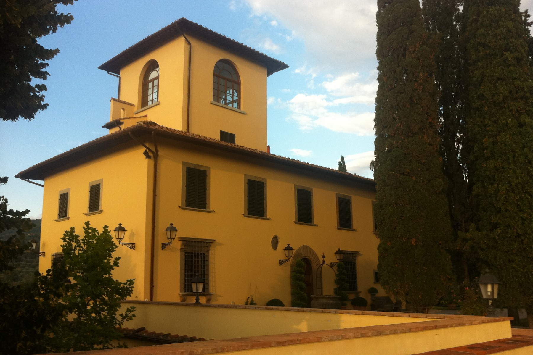 Single Family Home for Sale at An exclusive, fully restored 14th century villa with every commodity in Florence Via Belvedere Bagno A Ripoli, 50012 Italy