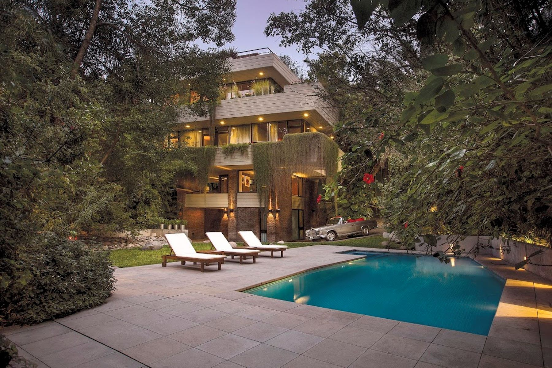 Single Family Homes for Sale at House inspired by the famous Fallingwater House by F.L. Wright Vito Dumas 400 Victoria Other Buenos Aires, Buenos Aires B1644 Argentina