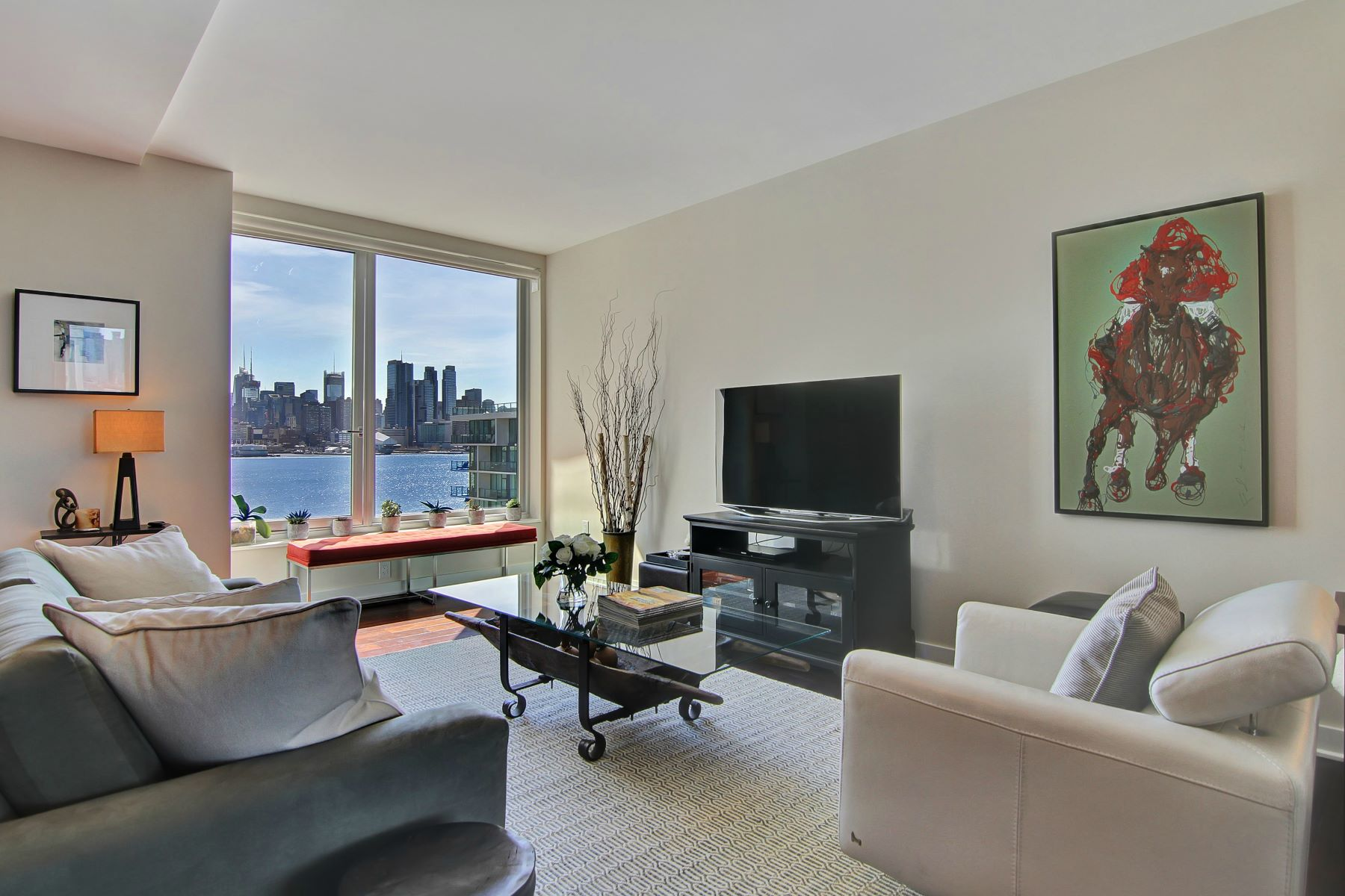 共管物業 為 出售 在 MODERN COLLECTION OF LUXURY 1000 Ave at Port Imperial #615 Weehawken, 新澤西州, 07086 美國