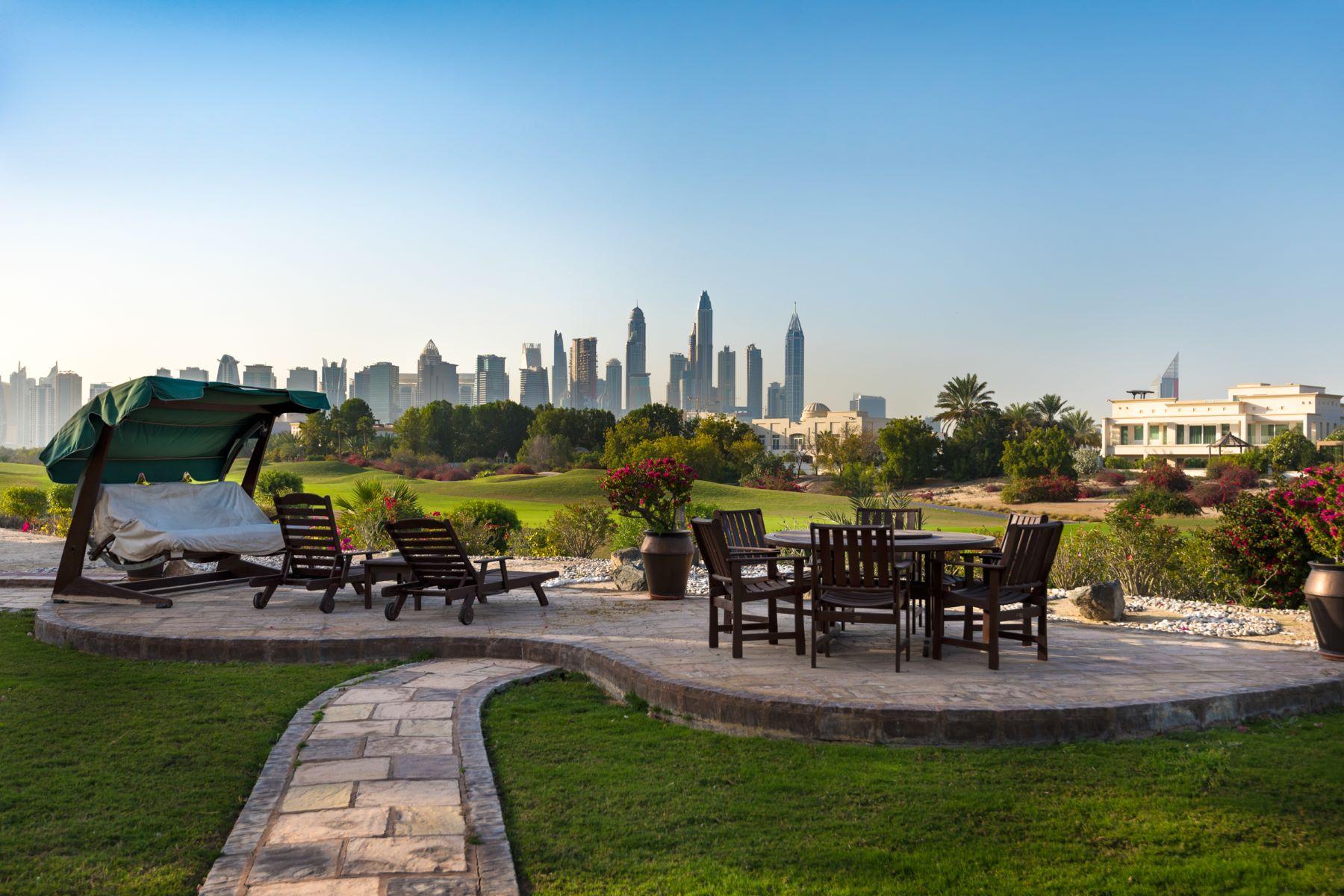 Single Family Home for Sale at Emirates Hills Golf Course Cul de Sac Villa Emirates Hills, Dubai, Dubai United Arab Emirates