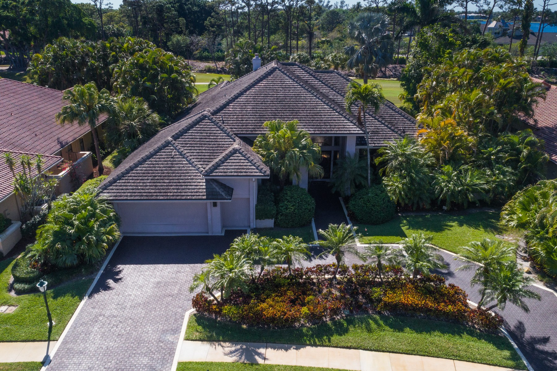 Single Family Home for Sale at 17858 Deauville Ln , Boca Raton, FL 33496 17858 Deauville Ln, Boca Raton, Florida, 33496 United States