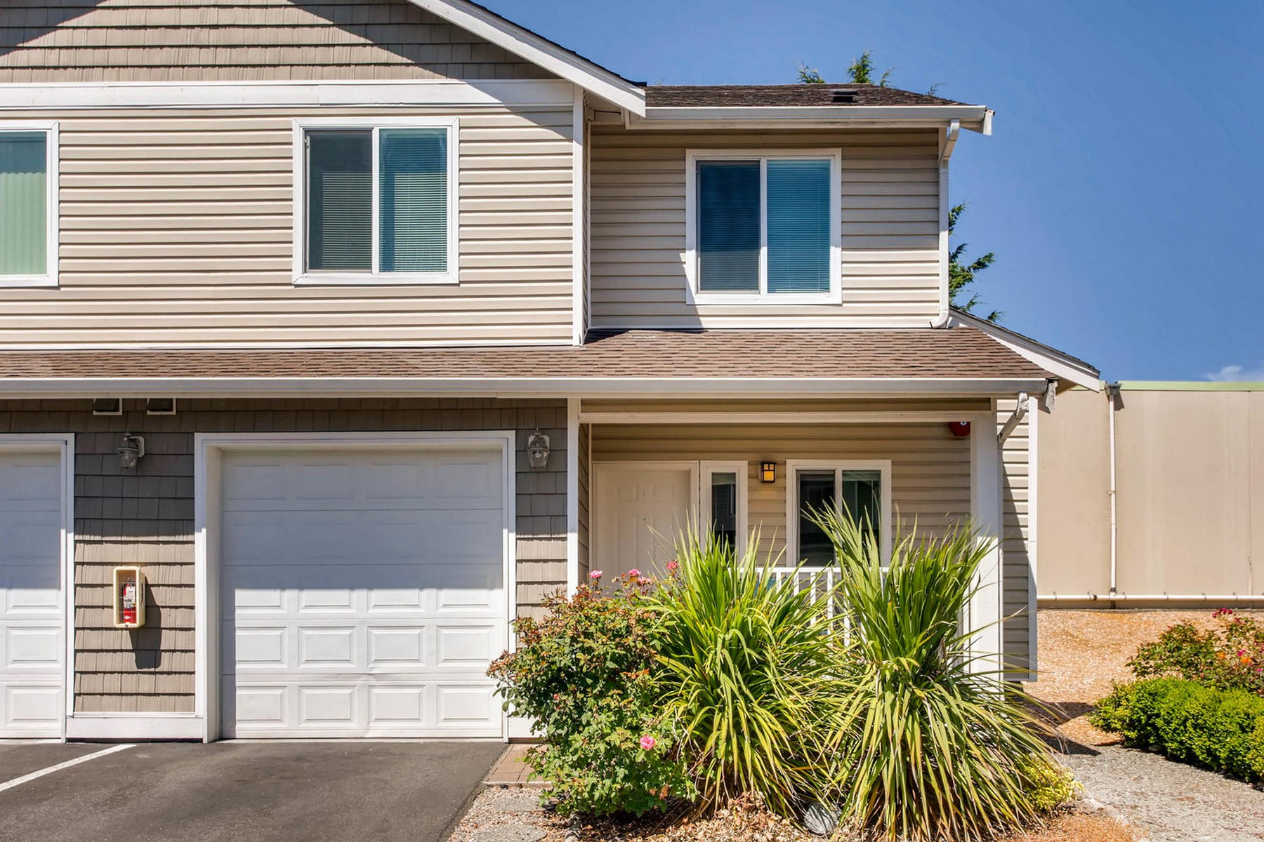 Townhouse for Sale at Inviting Hazel Valley Townhome 1056 SW 130th Street Burien, Washington 98146 United States