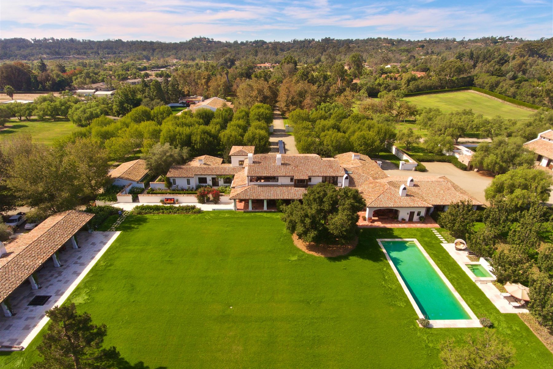 Additional photo for property listing at Willow Creek Estancia  Rancho Santa Fe, California 92067 United States