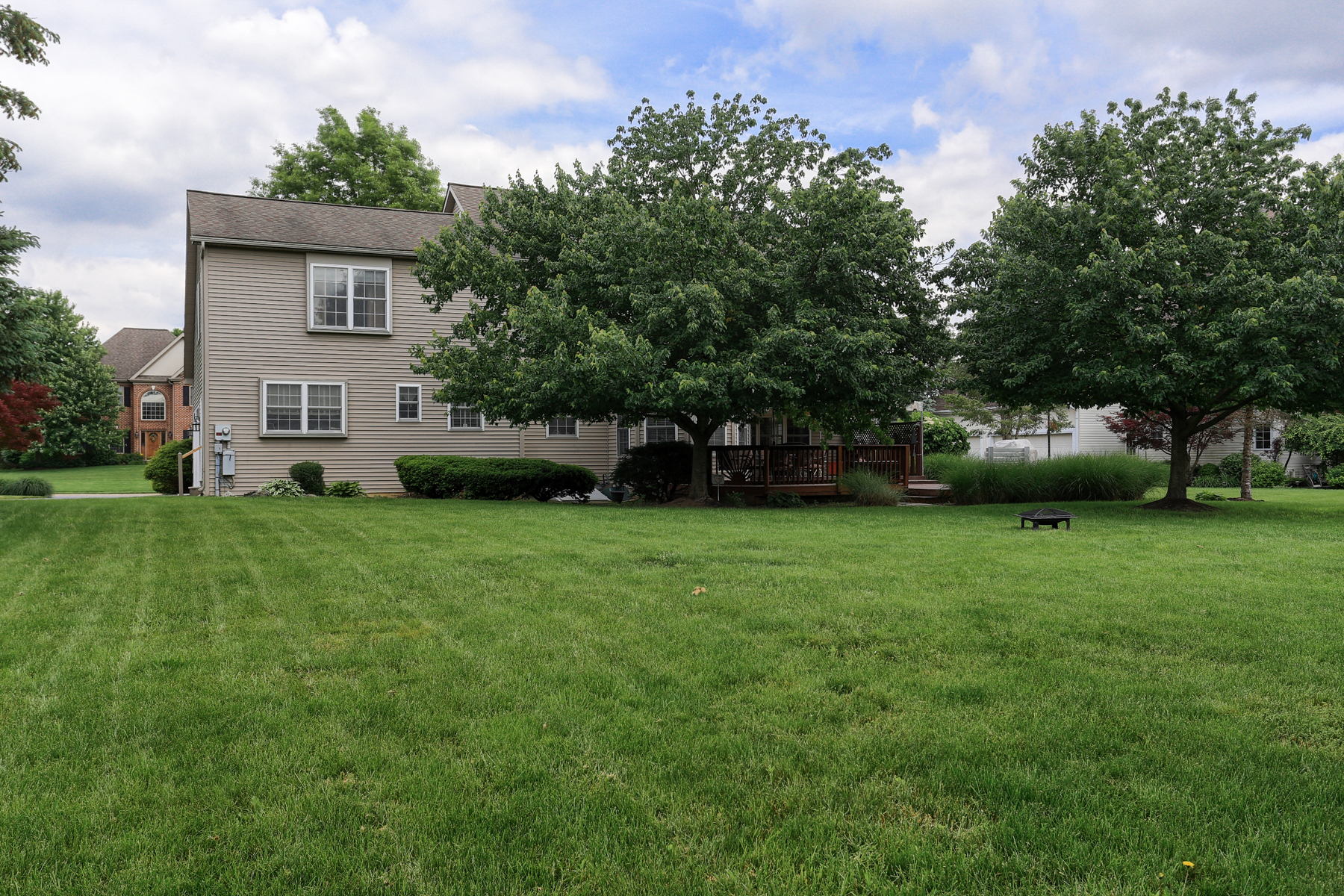 Additional photo for property listing at 1150 S Bristol Drive  Lititz, Pennsylvania 17543 United States