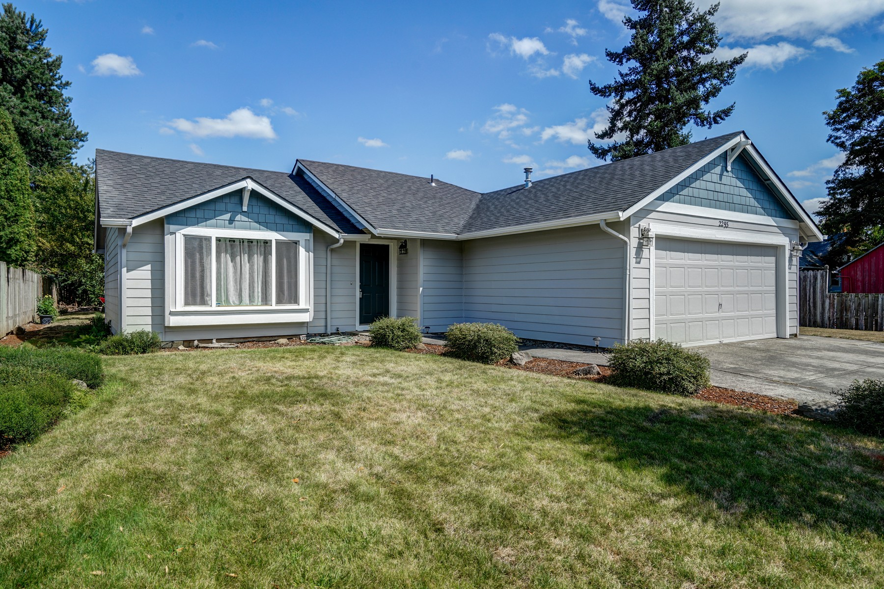 Single Family Homes for Active at 2293 Riviera Court Hubbard, OR 2293 Riviera Ct Hubbard, Oregon 97032 United States