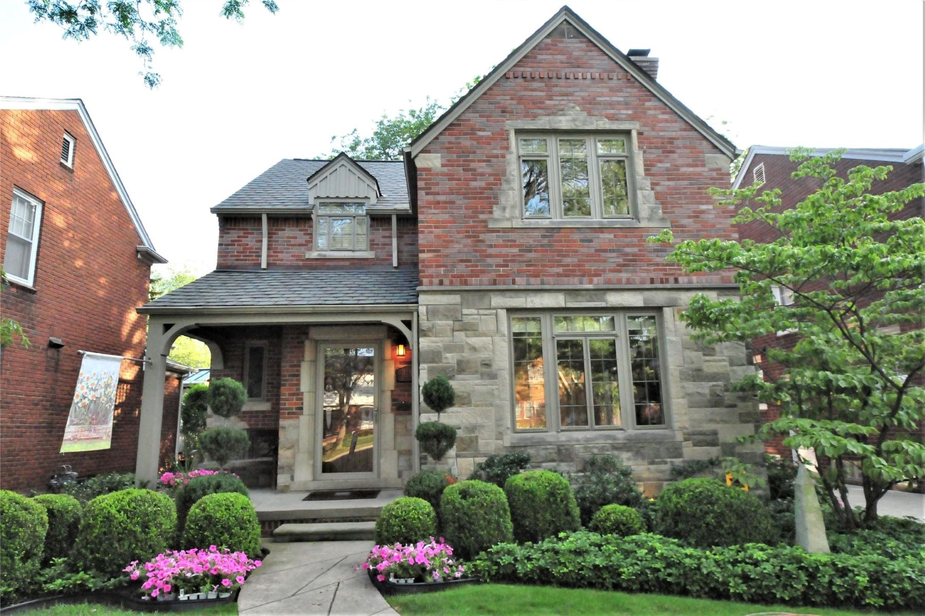 Single Family Homes for Sale at Grosse Pointe Farms 415 McKinley Grosse Pointe Farms, Michigan 48236 United States