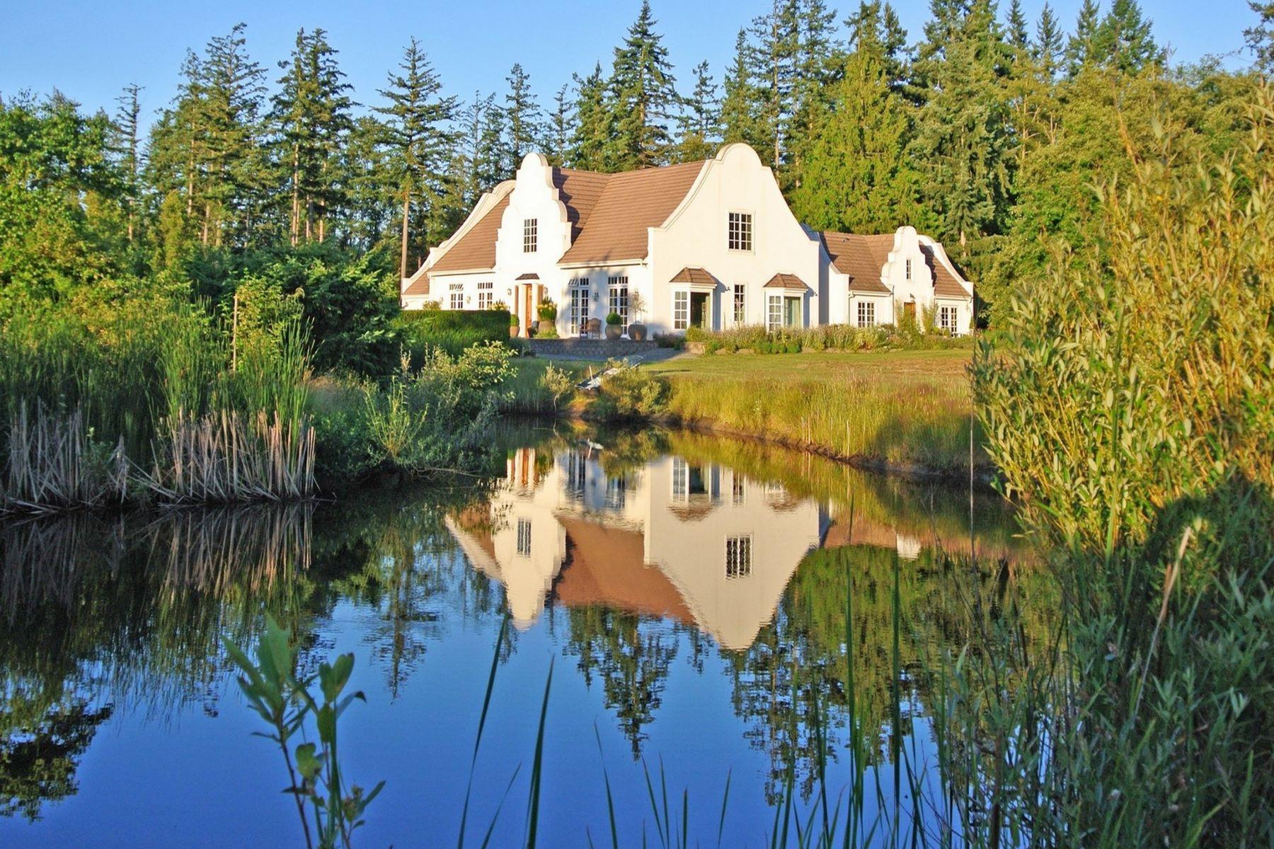 独户住宅 为 销售 在 Cape Dutch Masterpiece 14365 Leslie Lane 芒特弗农, 华盛顿州 98273 美国