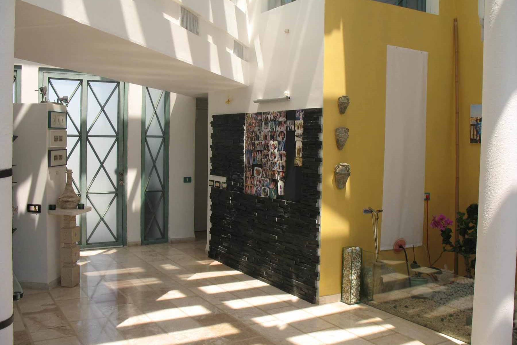 Additional photo for property listing at Mediterranean Style Villa in Caesarea  Caesarea, Israel 3088900 Israël