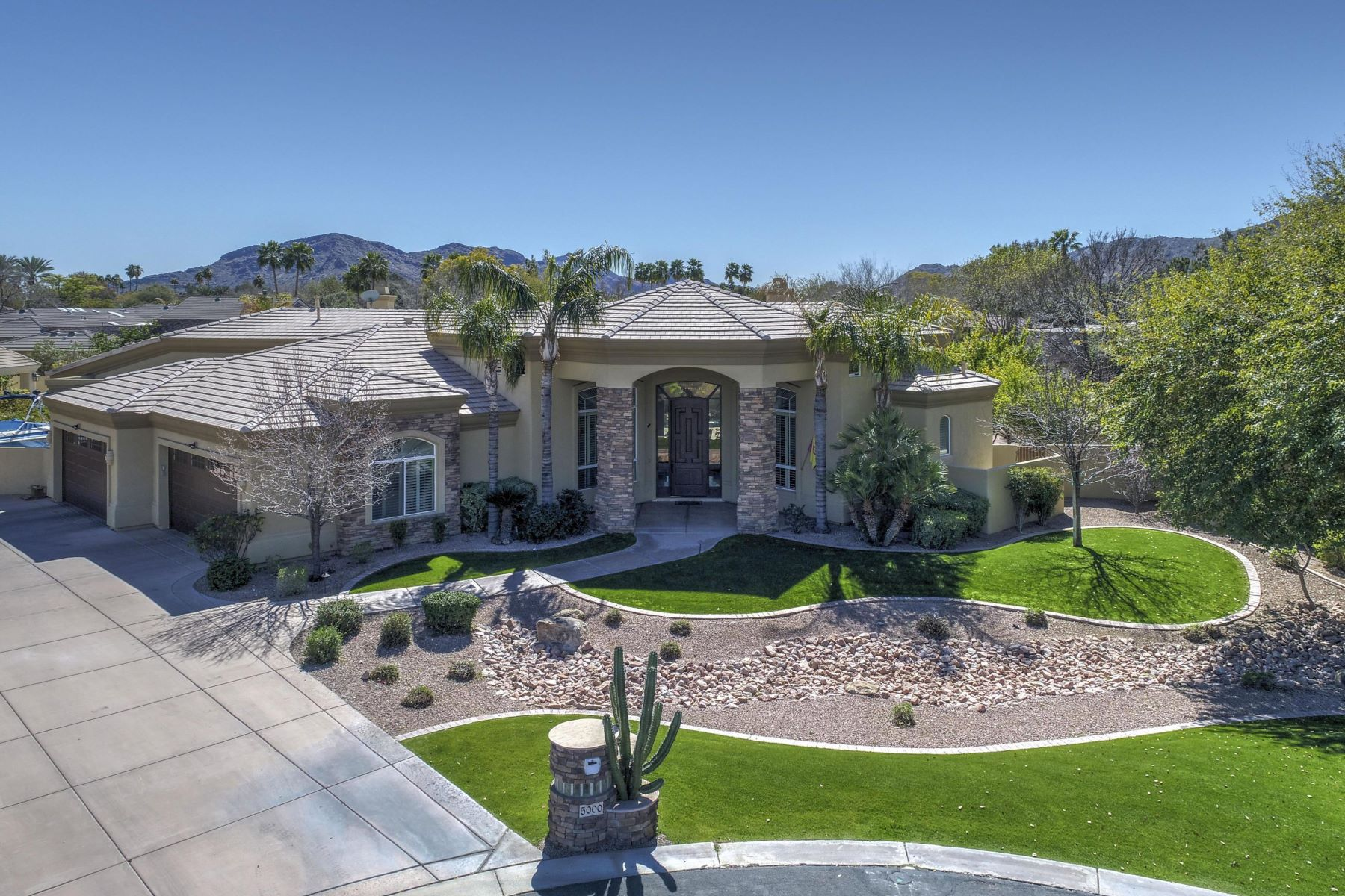 Moradia para Venda às Beautiful Custom Paradise Estates 5000 E Cannon Dr, Paradise Valley, Arizona, 85253 Estados Unidos