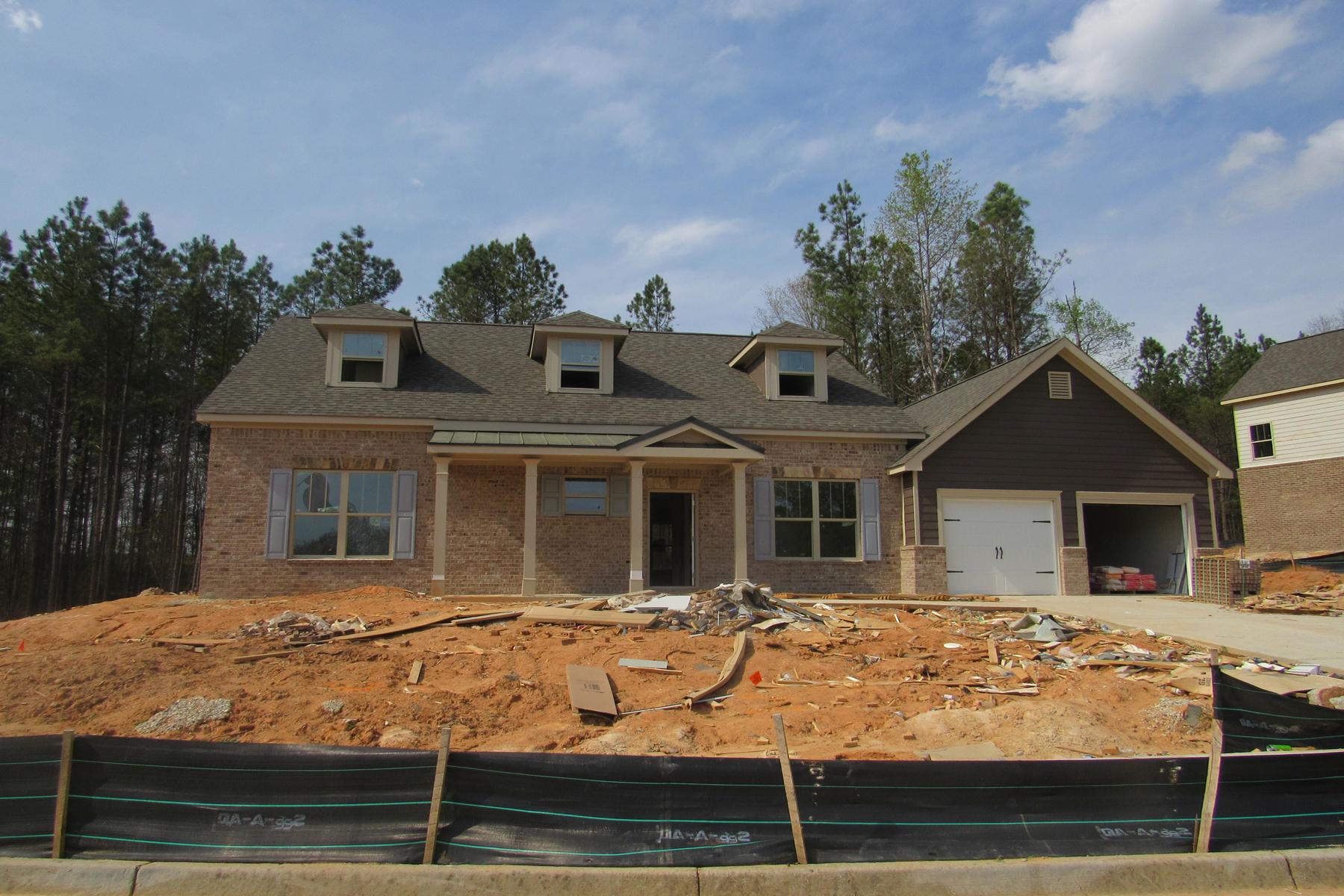 Nhà ở một gia đình vì Bán tại GATED GOLF COURSE NEW CONSTRUCTION 2924 CENTENNIAL DRIVE NE Conyers, Georgia, 30013 Hoa Kỳ