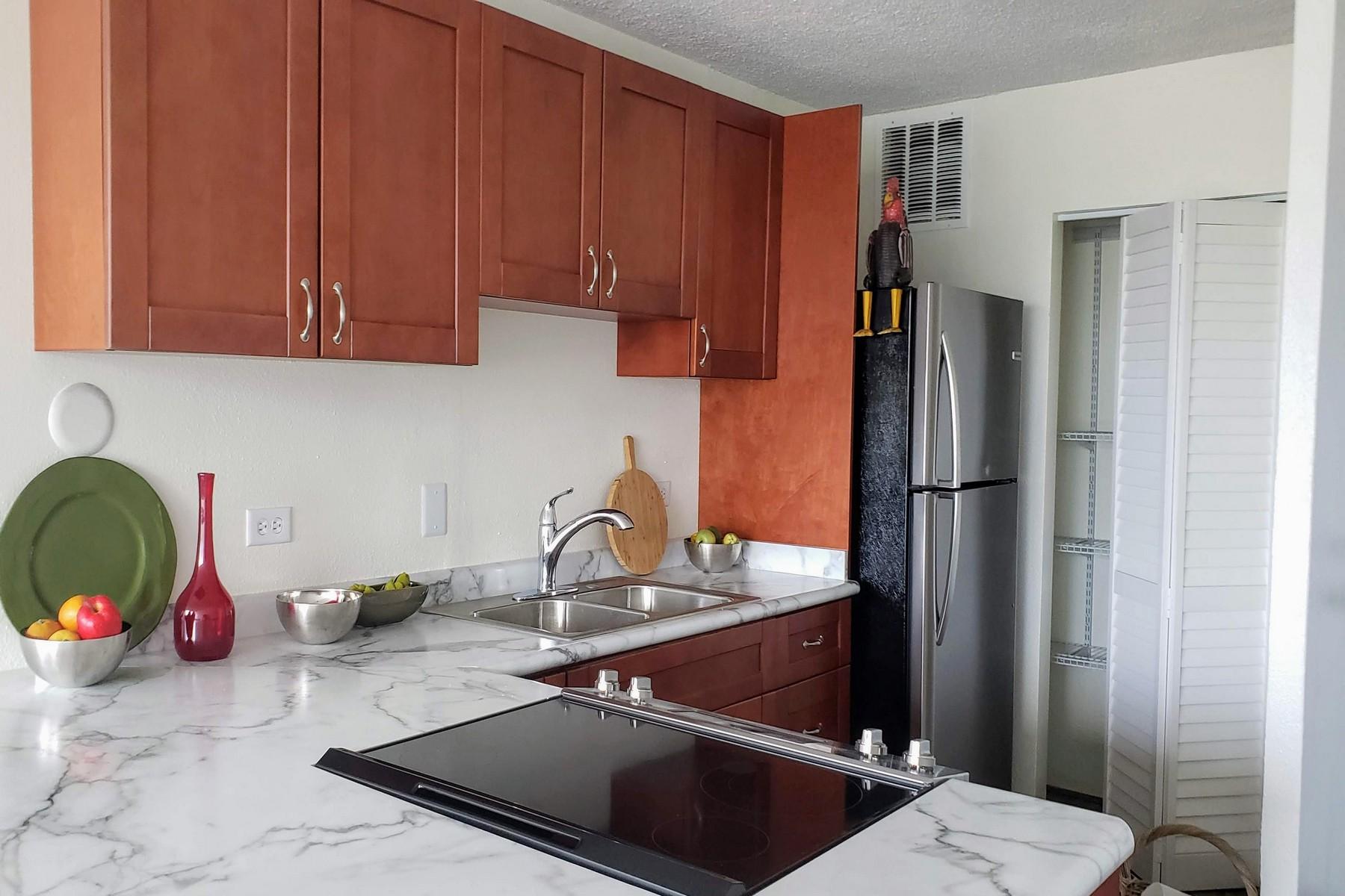 Condominiums 용 매매 에 Great 2 bedroom condo value with Wonderful Views! 111 Kahului Beach Rd, Harbor Lights D324, Kahului, 하와이 96732 미국