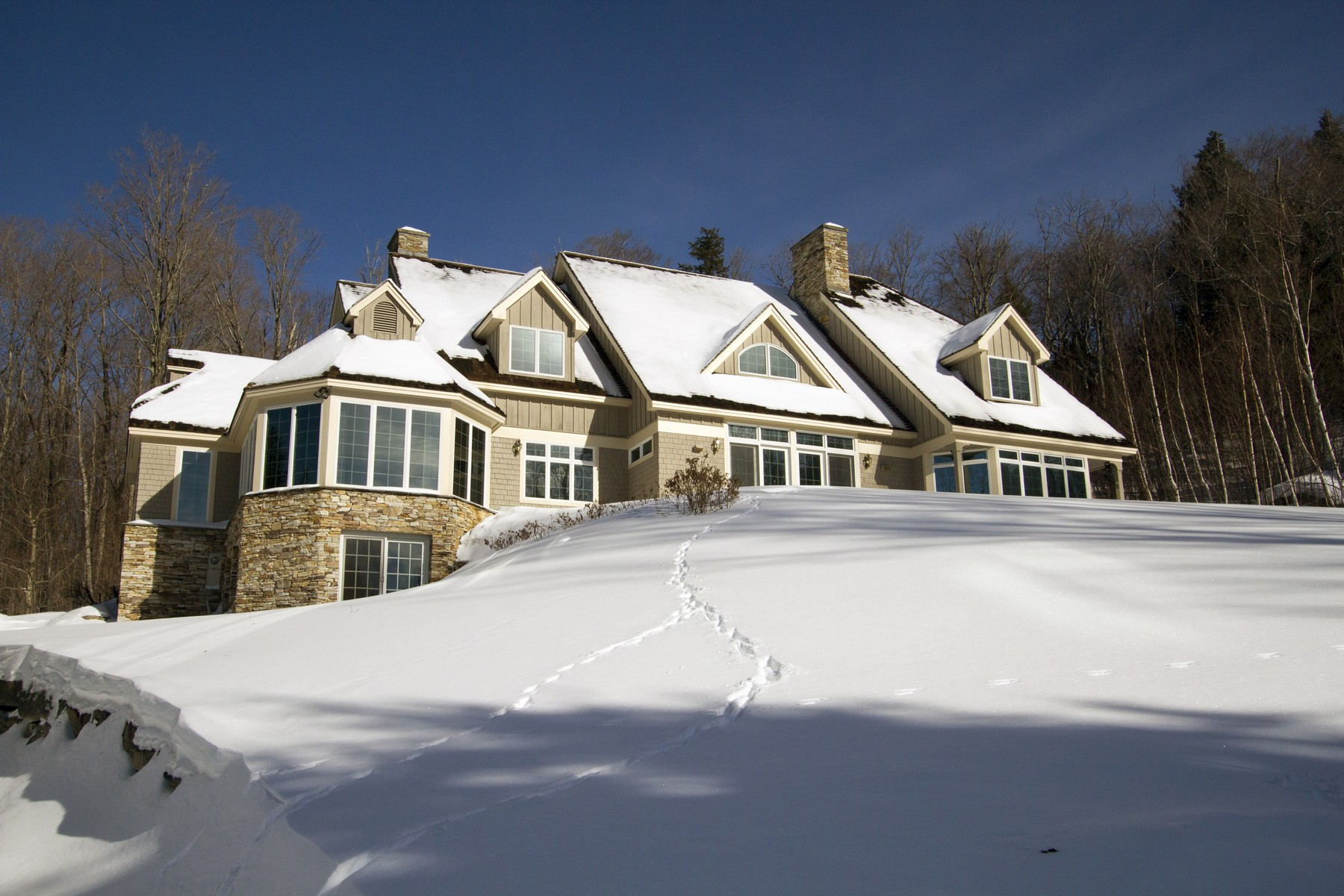 Single Family Homes for Sale at 12 Sunset Ridge Road, Winhall 12 Sunset Ridge Rd Winhall, Vermont 05340 United States