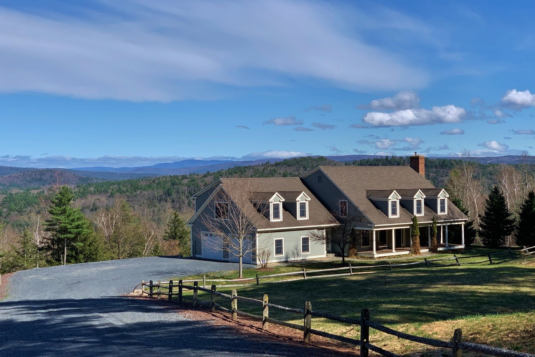Single Family Homes for Sale at Elegant Cape-Style Residence 2117 Gird Lot Road Weathersfield, Vermont 05030 United States