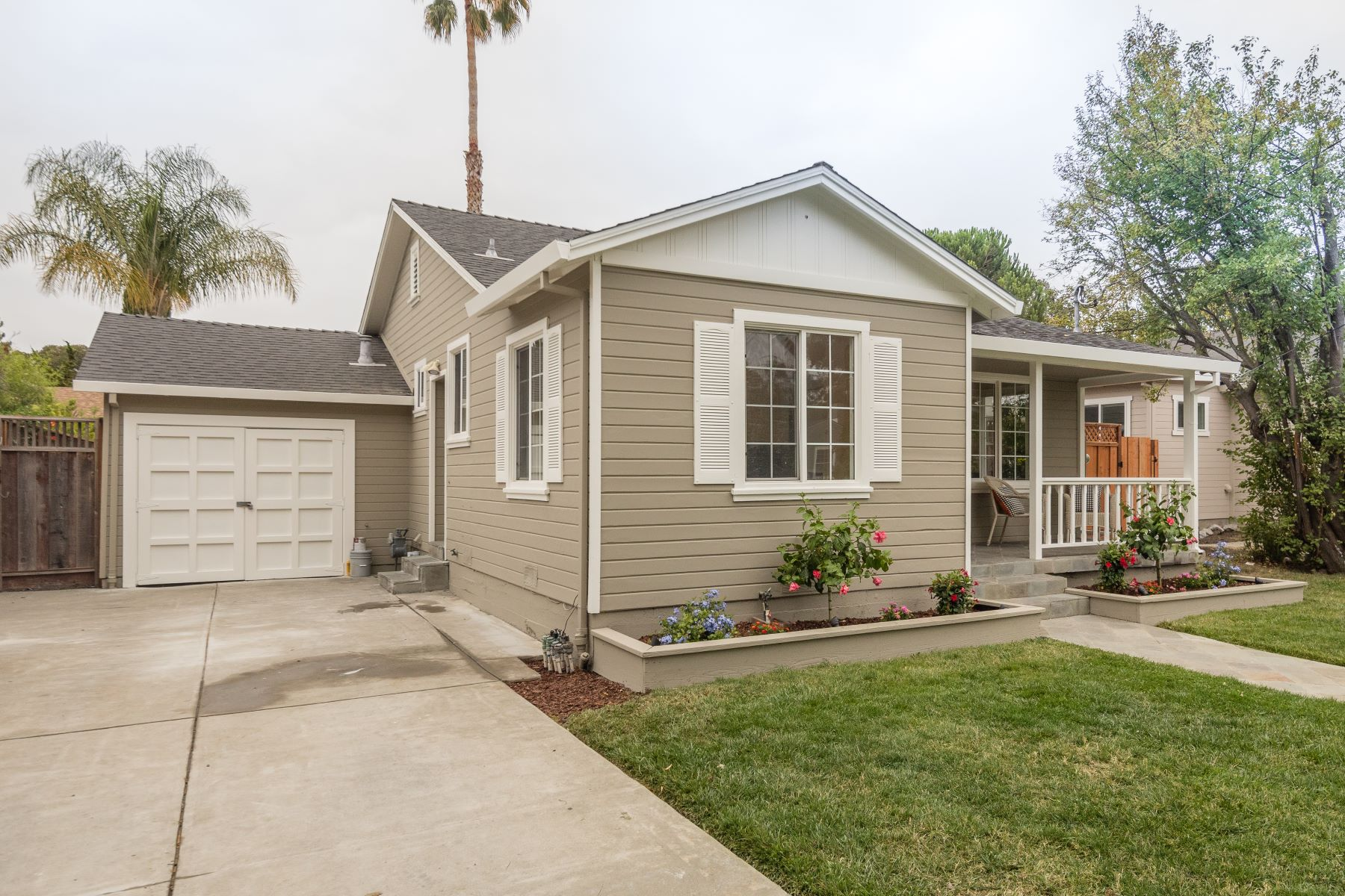 Single Family Home for Active at Darling Home on Sunny Madison Avenue 1143 Madison Avenue Redwood City, California 94061 United States