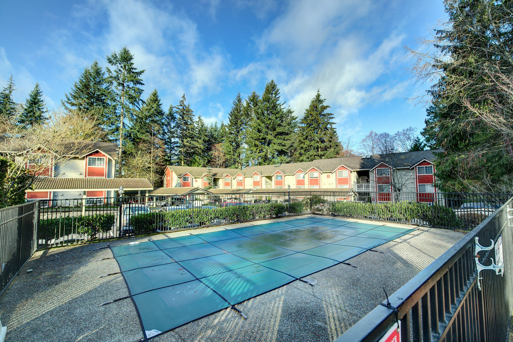 Additional photo for property listing at Mill Creek Country Club Estates 15433 Country Club Dr #G101 Mill Creek, Washington 98012 United States